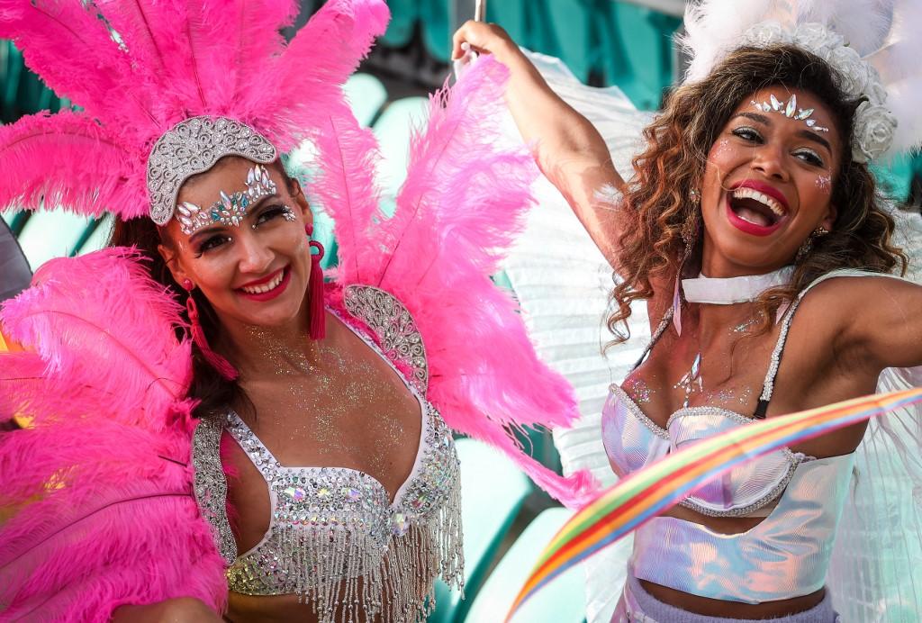 36 ezren ünnepelték a meleg Mardi Grast egy standionban Sydney-ben