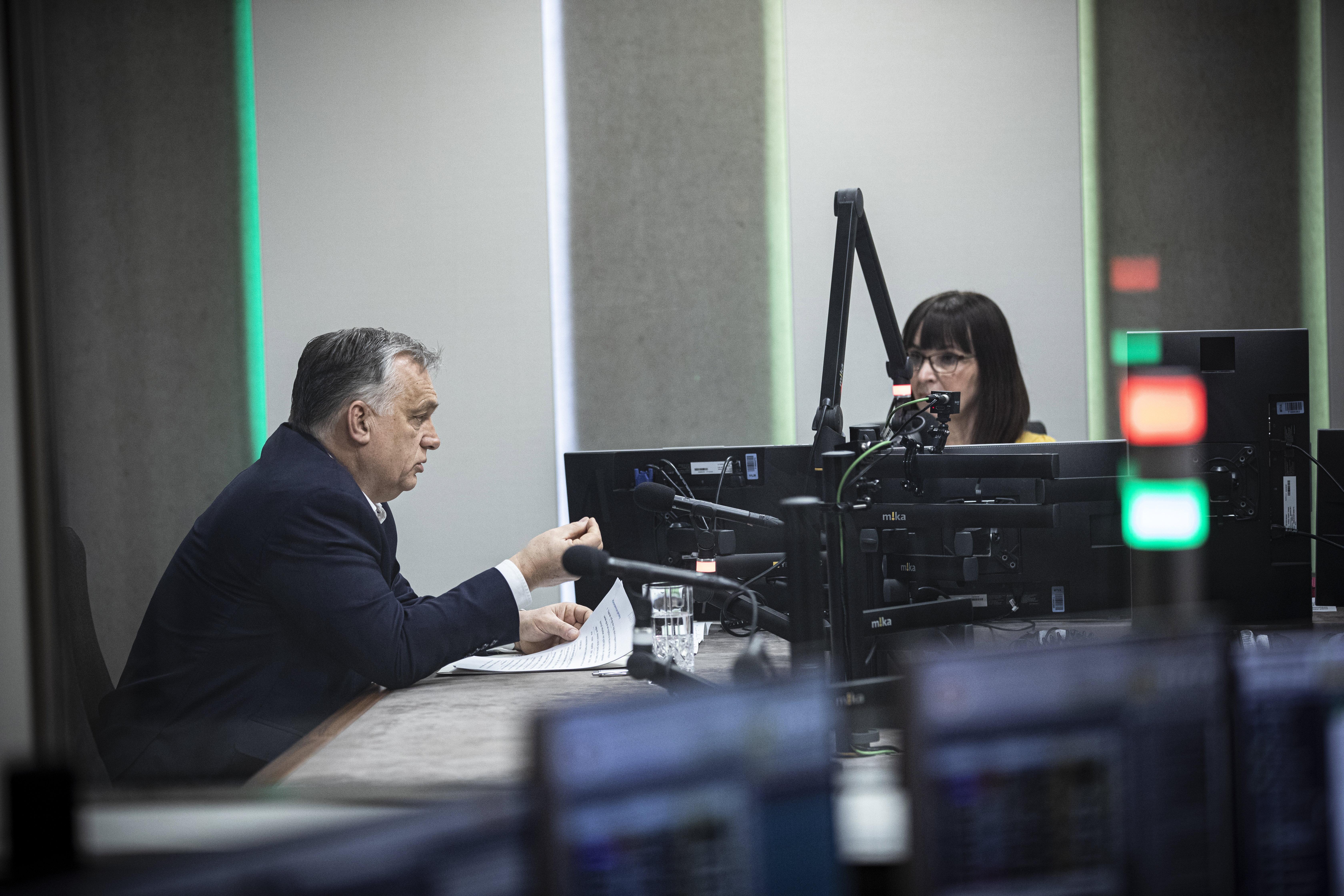 Orbán a multinacionális profitéhséggel és a baloldali hataloméhséggel szembeni harcáról beszélt