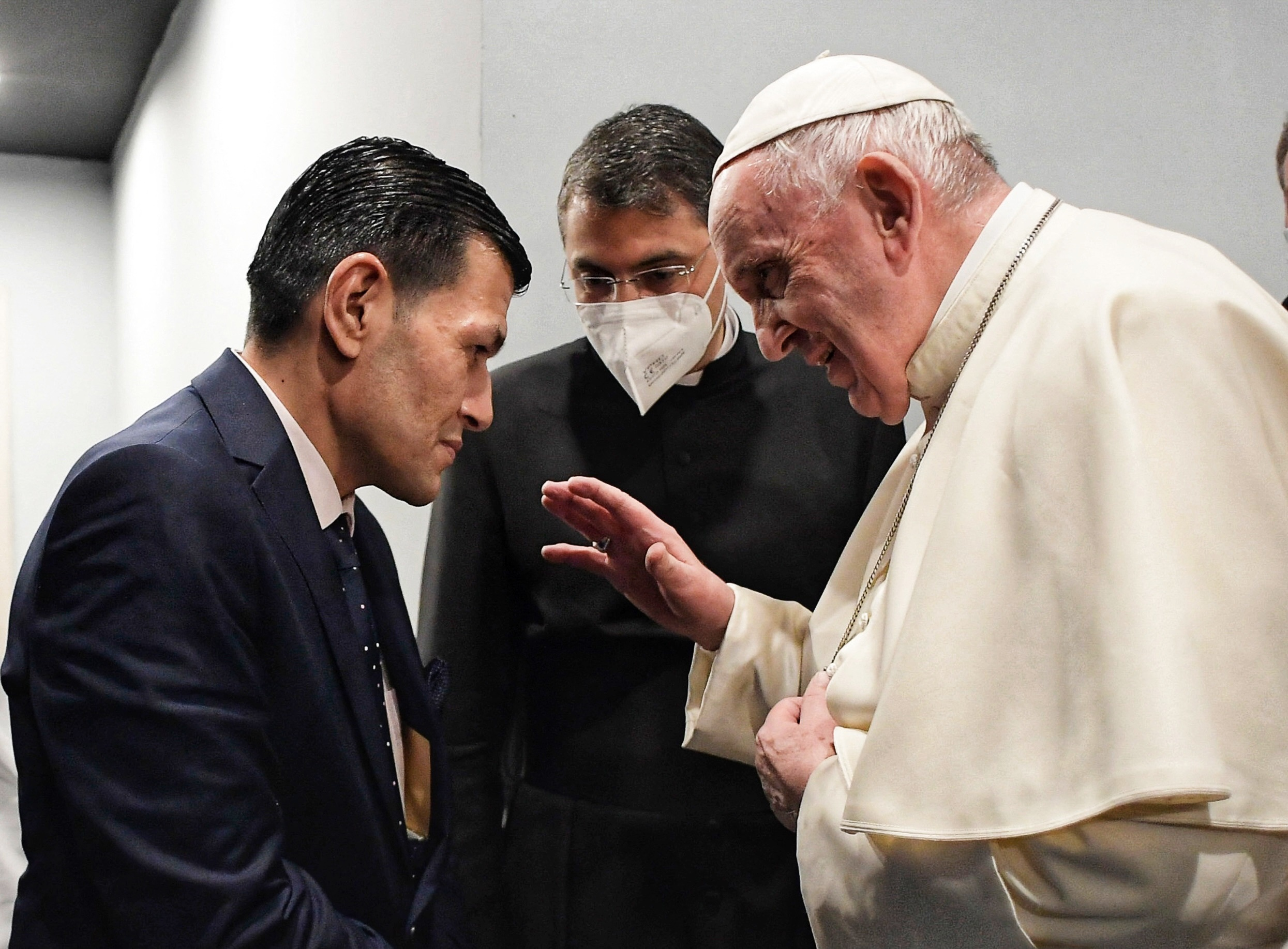 A pápa találkozott Abdullah Kurdival, akinek hároméves kisfia vízbe fulladt Törökország partjainál