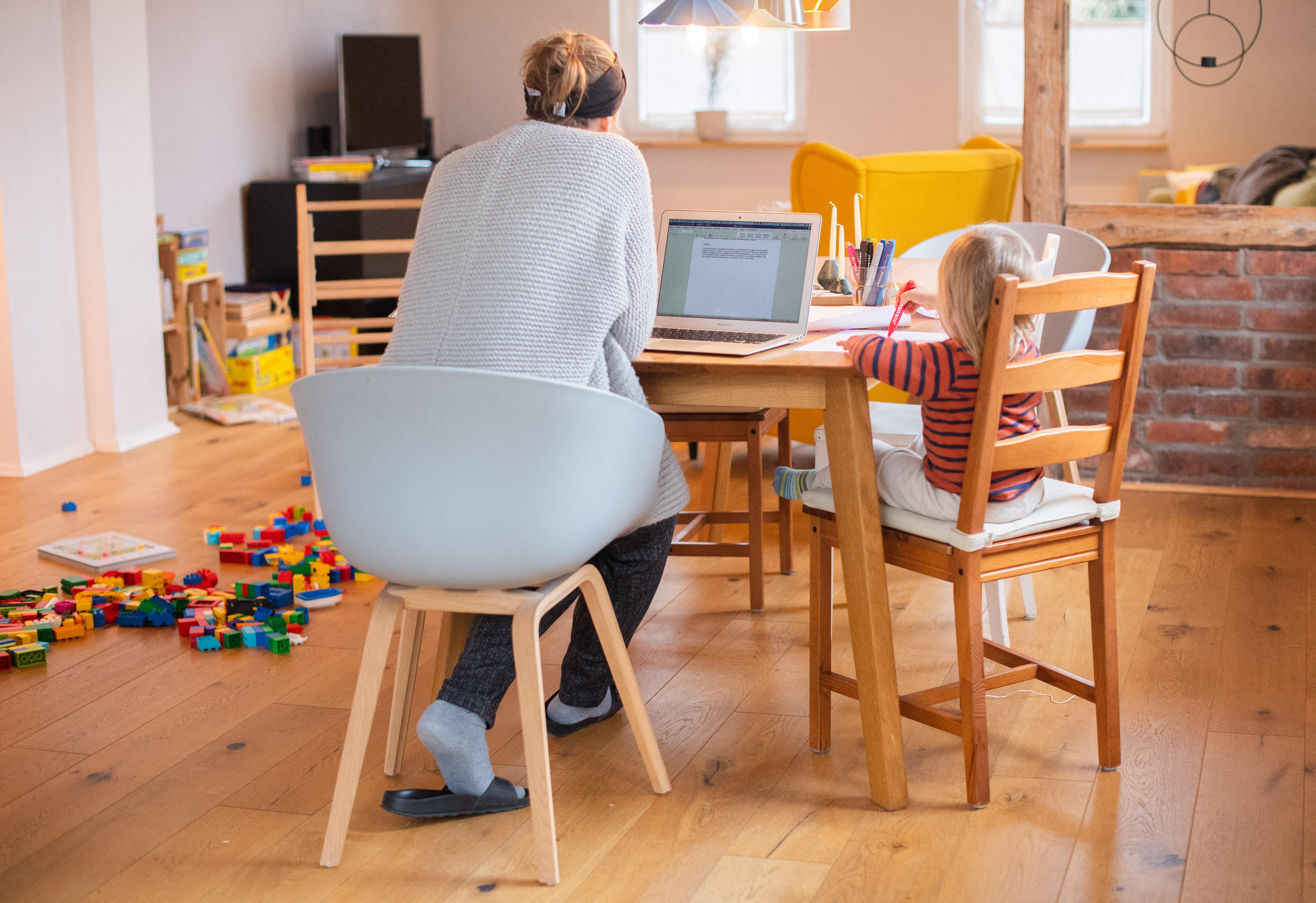 Még igényelhetik az ingyenes internetet a szolgáltatóknál az általános iskolások és a pedagógusaik