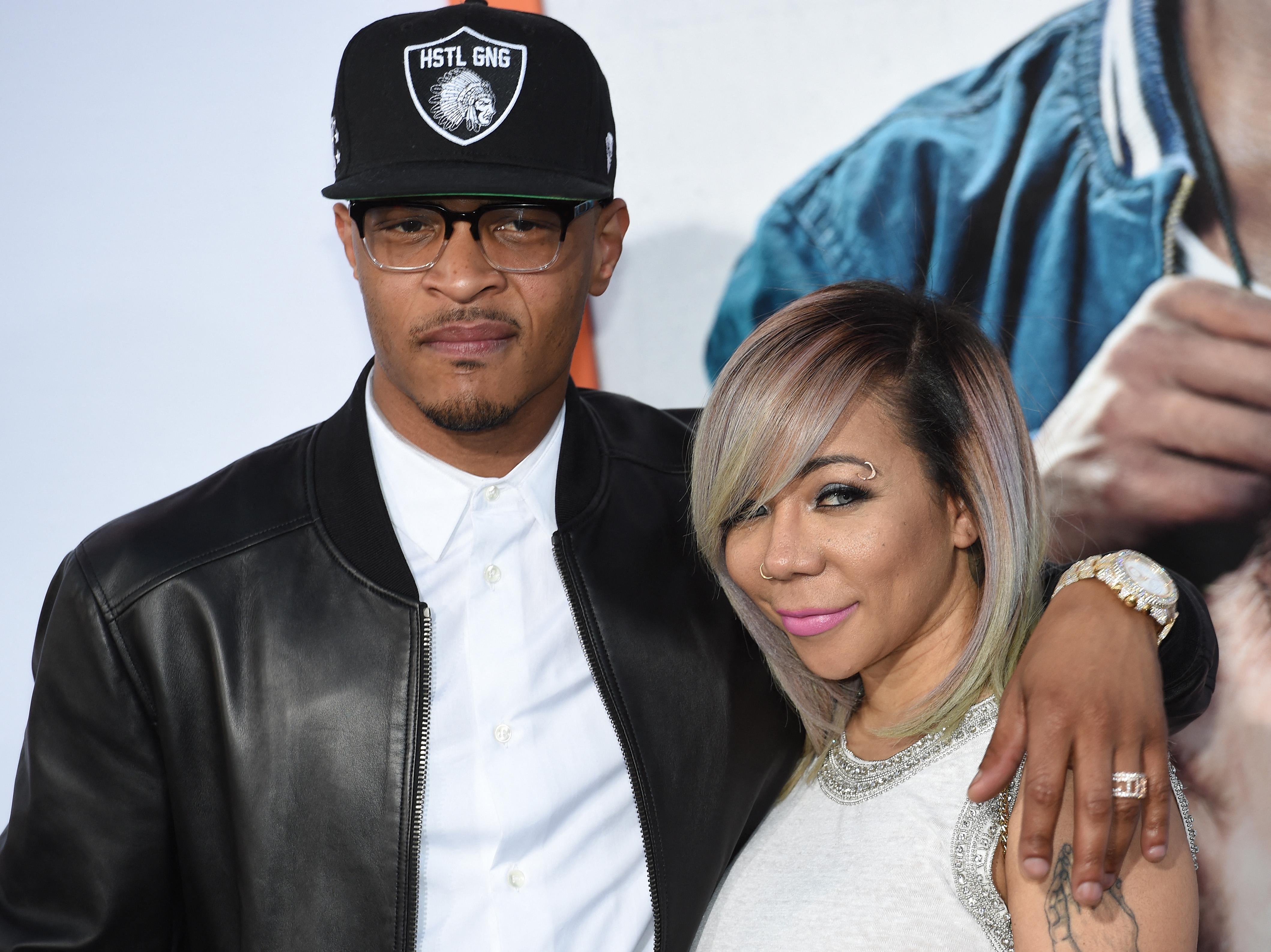 A lánya szűzhártyája miatt aggódó rapper T.I.-t és feleségét több nő is durva szexuális erőszakkal vádolja