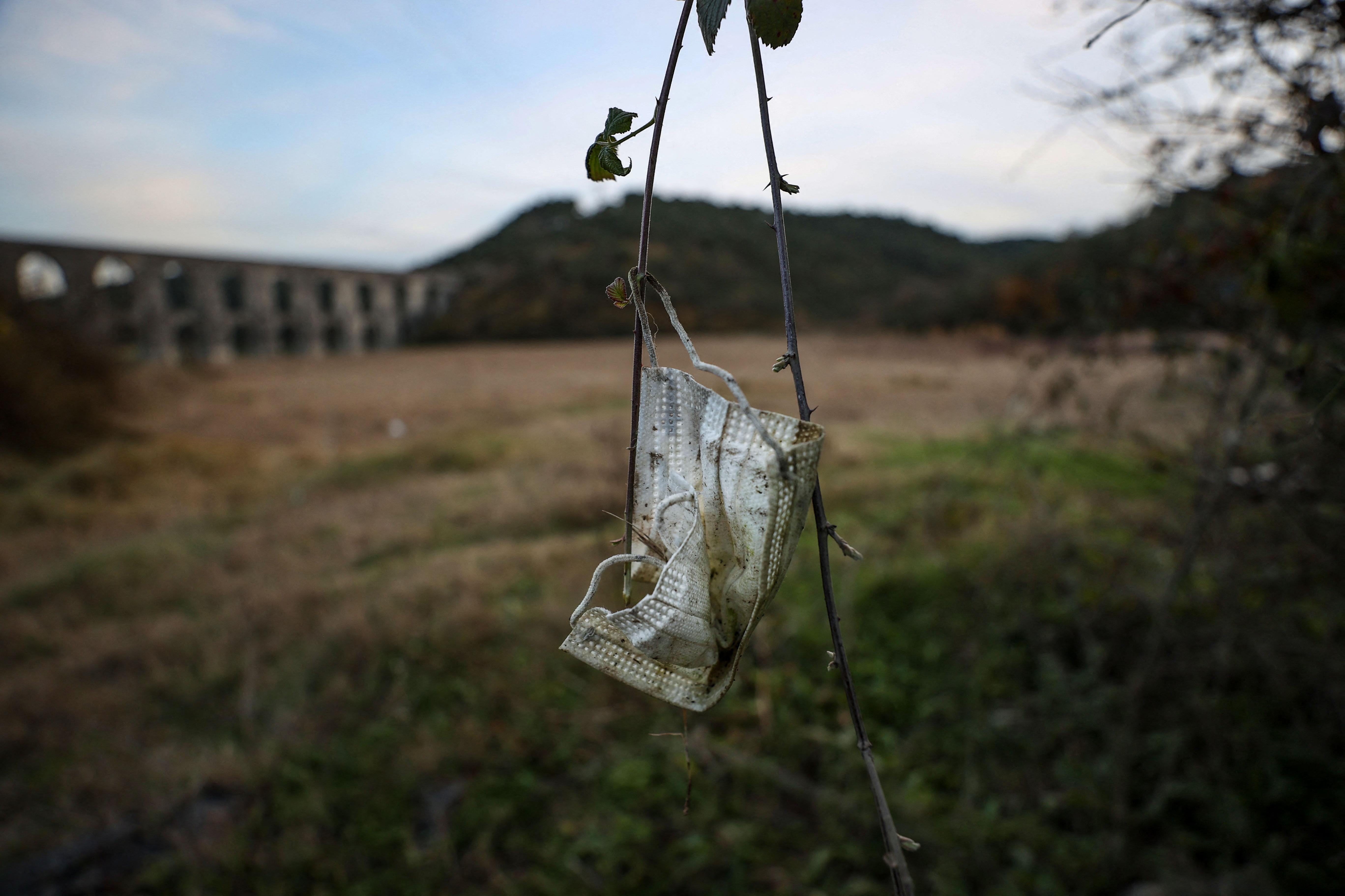 Ökológiai időzített bombát jelentenek a maszkok