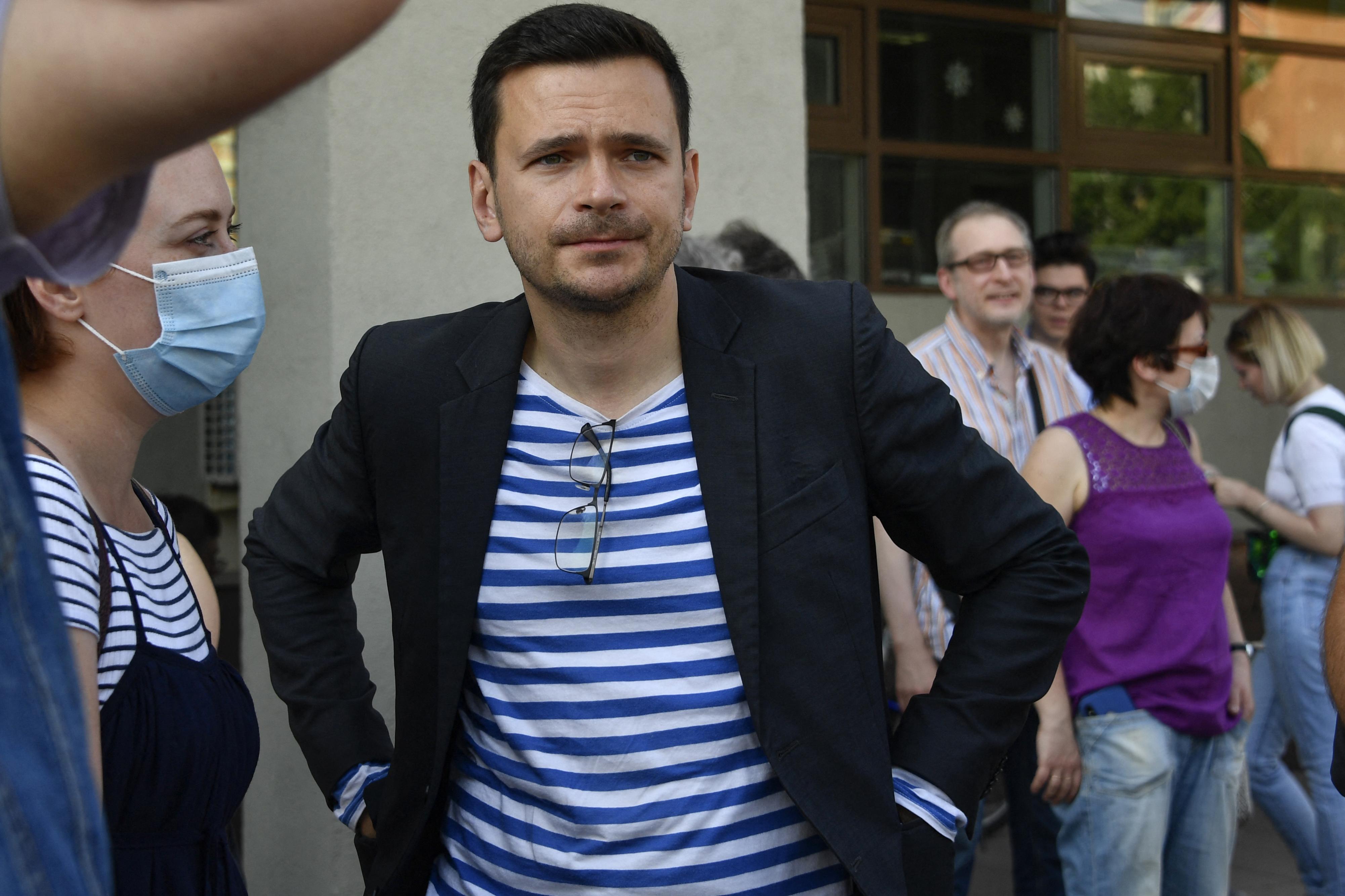 A moszkvai rendőrség megakadályozott egy ellenzéki tanácskozást, sokakat őrizetbe vettek