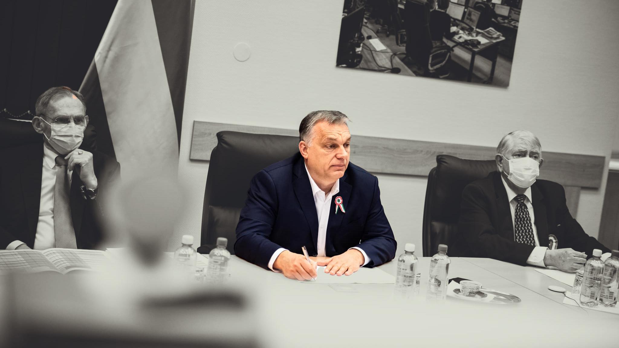 Orbán: A sikeres járványkezeléssel mutatunk példát a következő nemzedéknek