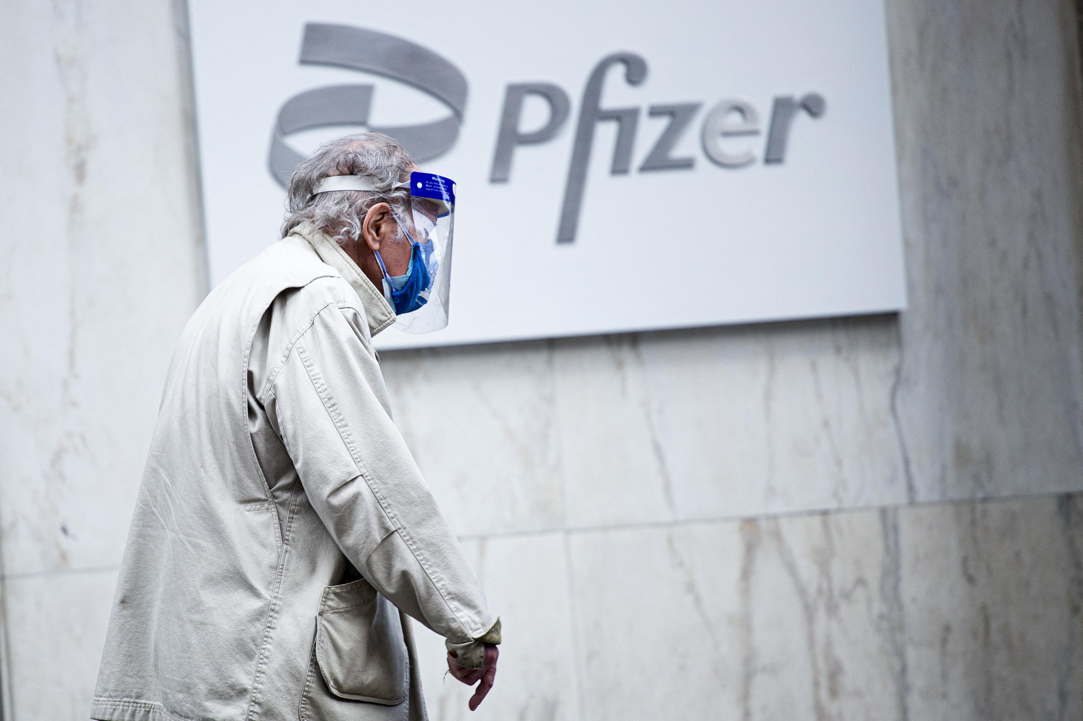 Engedélyezte a Pfizer használatát a 12-15 évesek körében az EMA