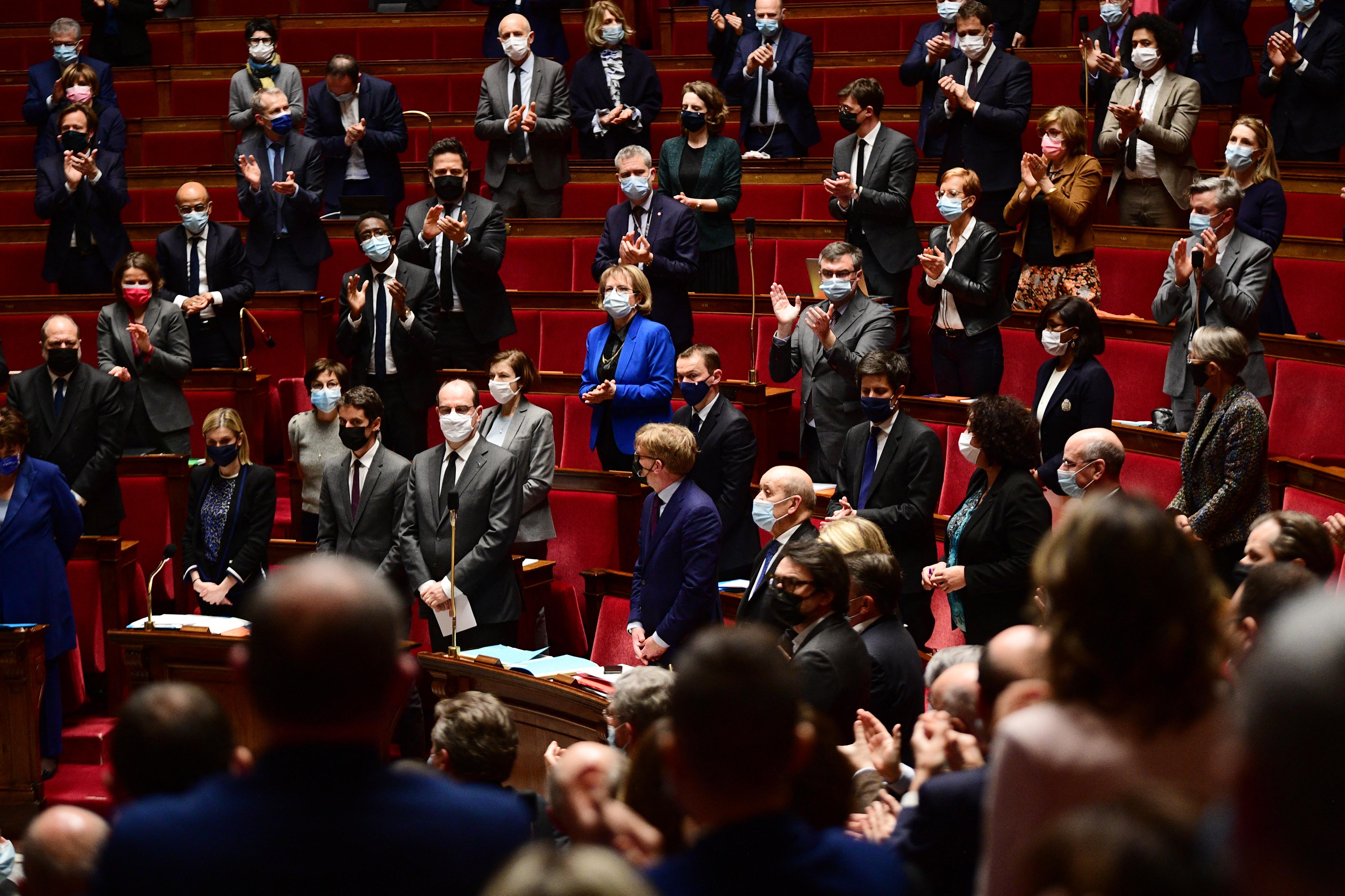 Franciaországban megszavazták a beleegyezési korhatárt