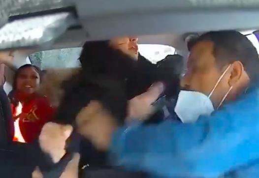 Több mint 100 ezer dollárt adományoztak az Uber-sofőrnek, akire szándékosan ráköhögött egy utas