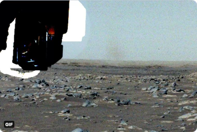 Porördögöt fotózott a Mars-járó
