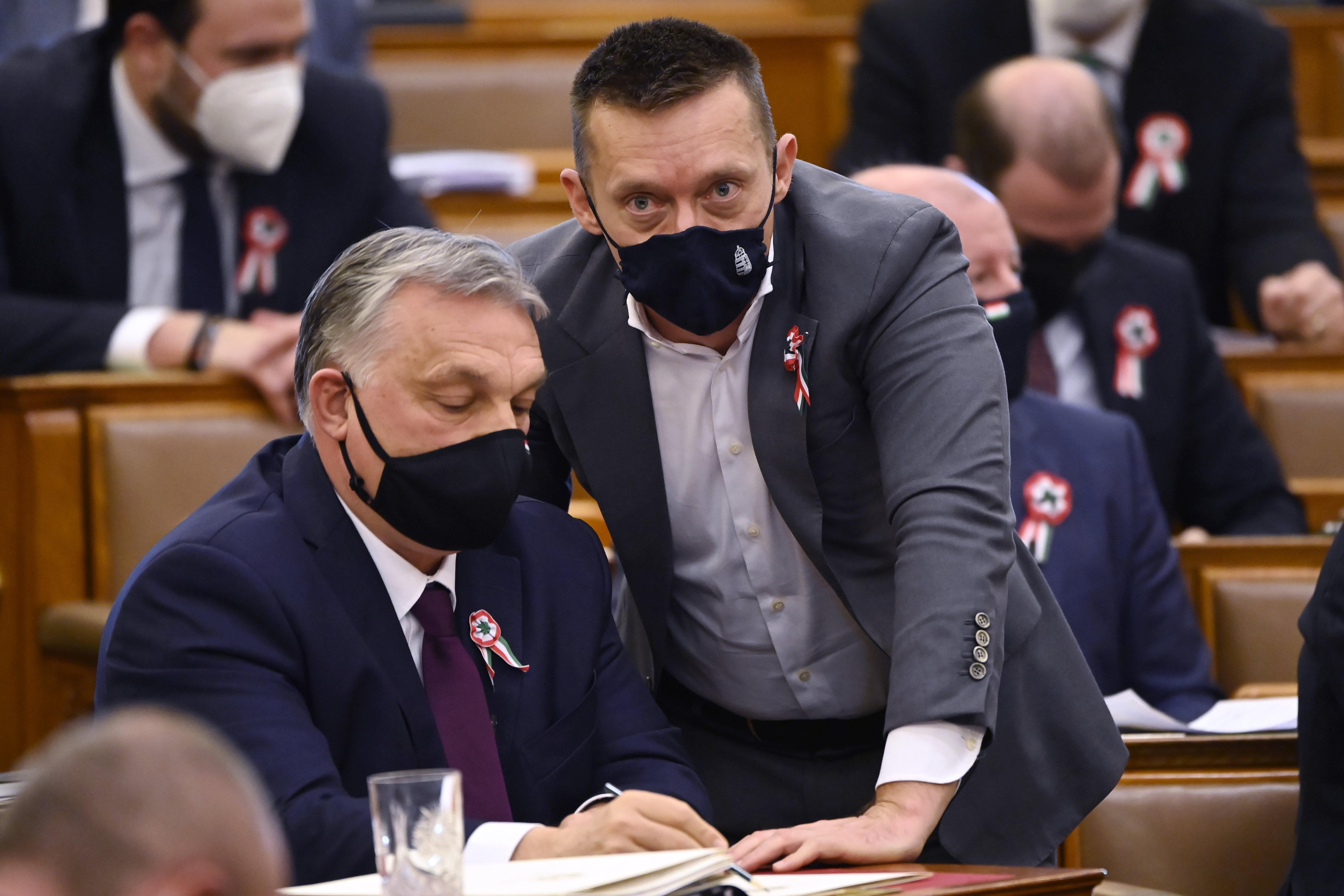 Orbán a járvány után visszaáll a migránsozásra