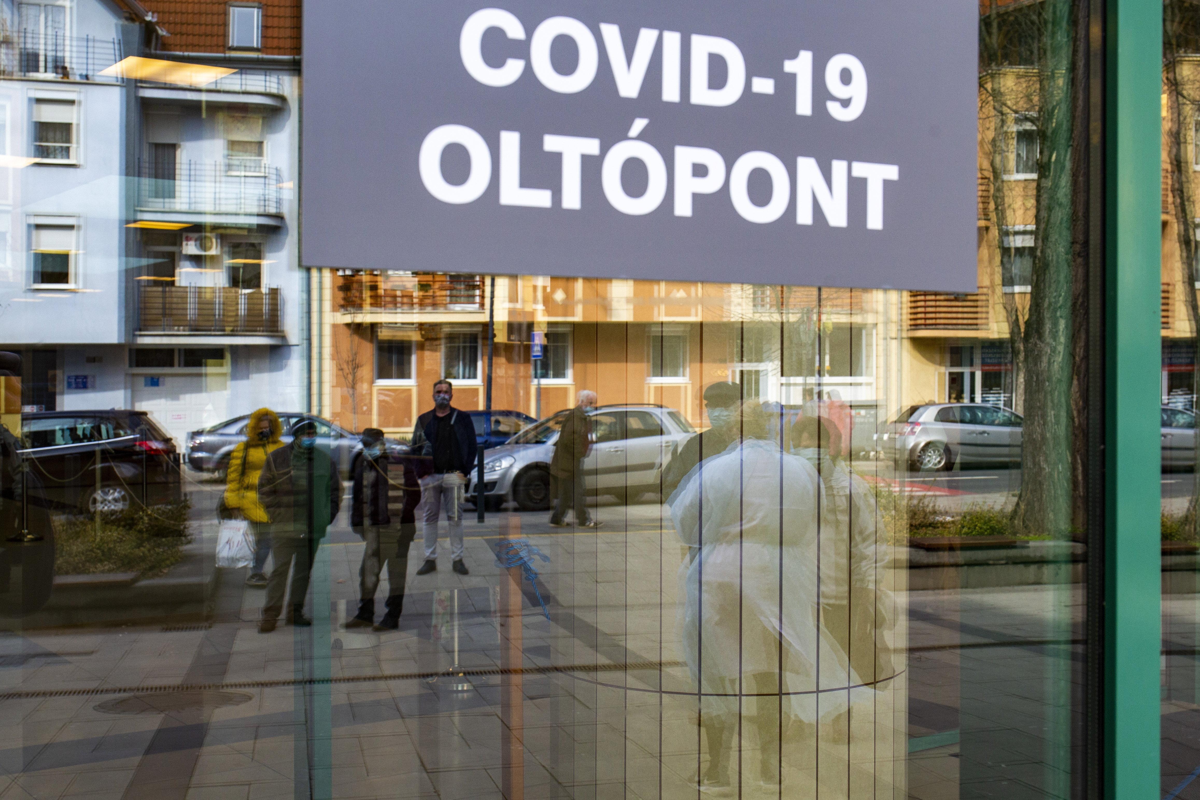 Rusvai Miklós virológus szerint még korai a nyitás és a nyájimmunitás is messze van