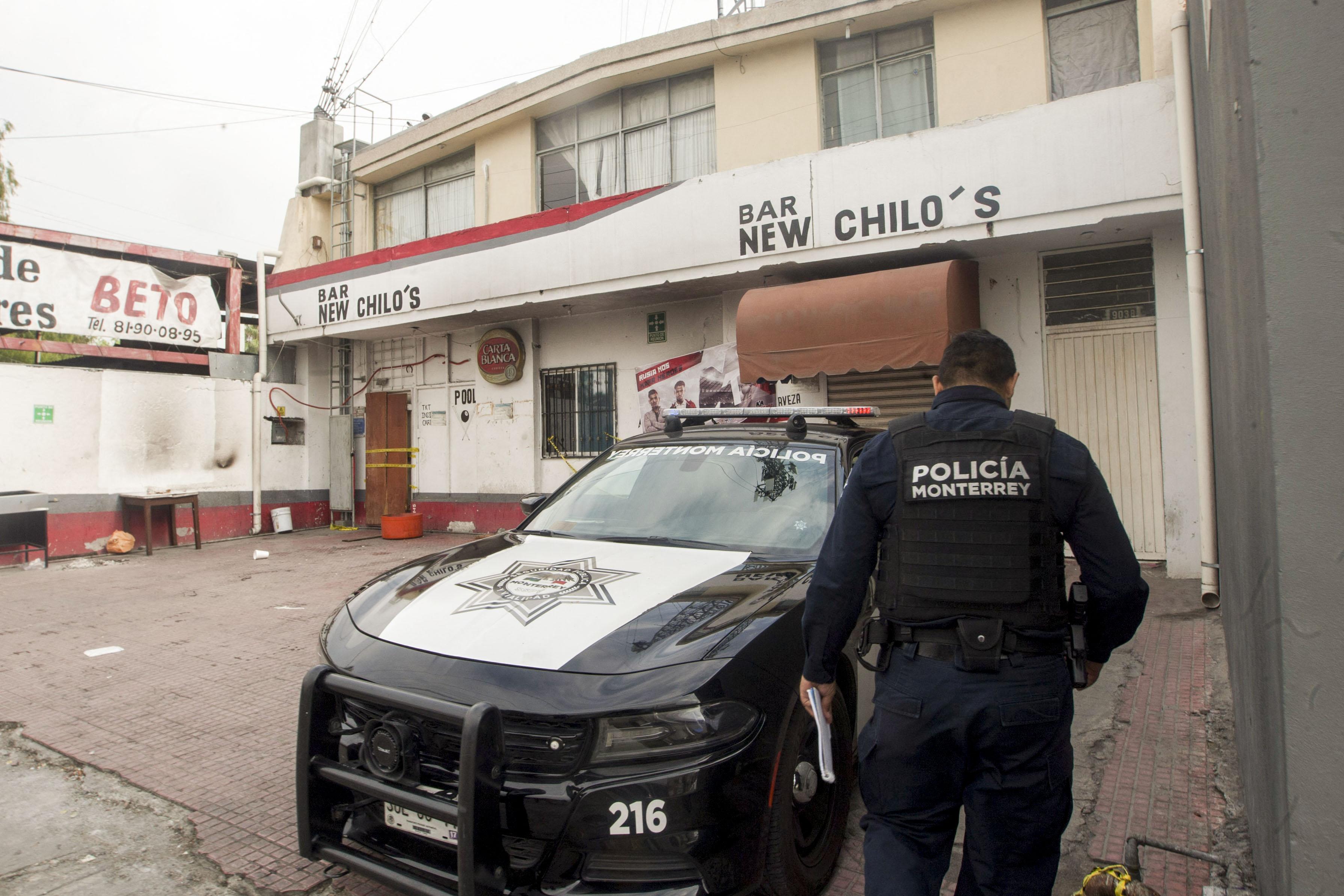 Tizenhárom rendőrt öltek meg egy mexikói rajtaütésen