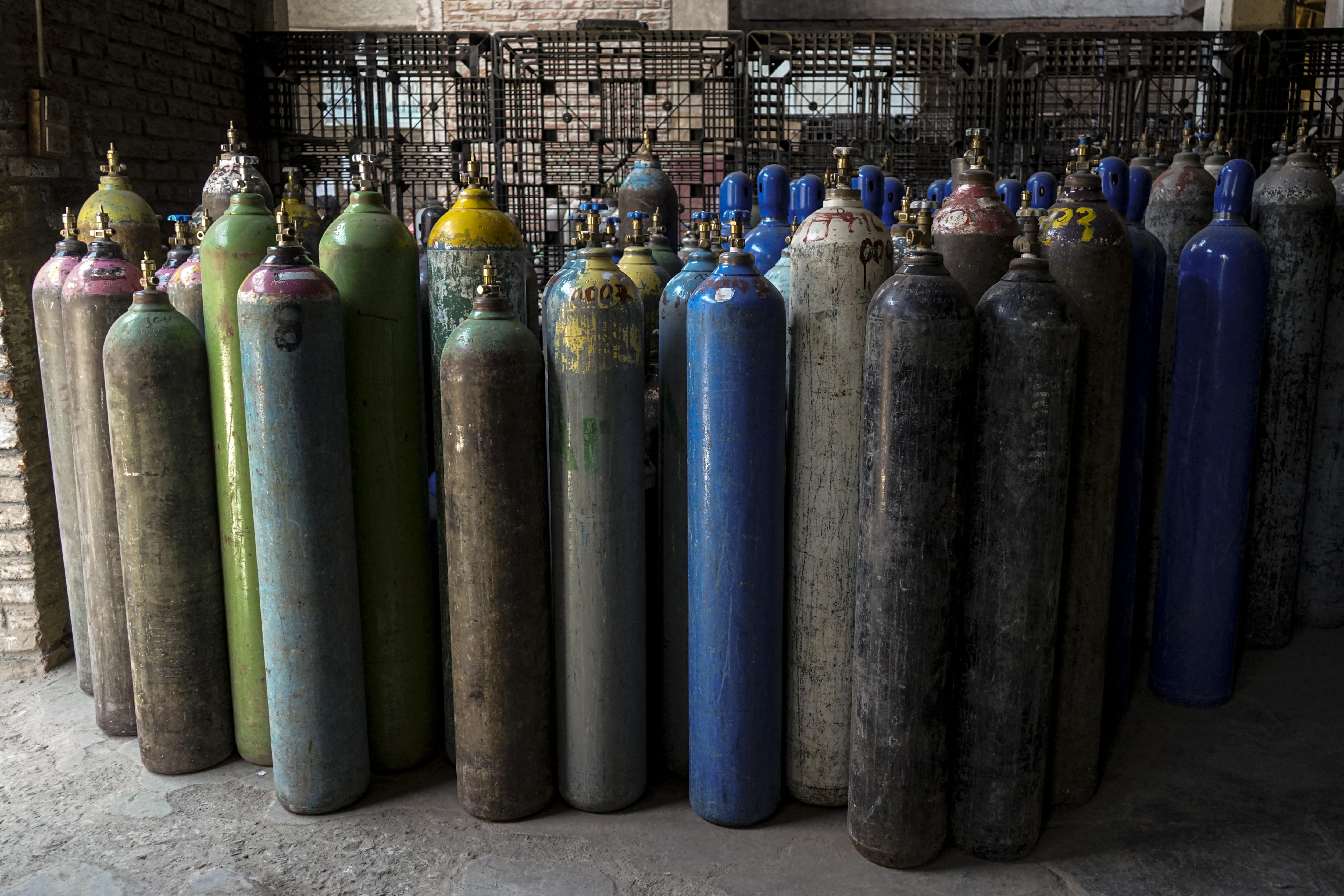 Libanonban már csak egy napra elég oxigén van a lélegeztetőgépekhez