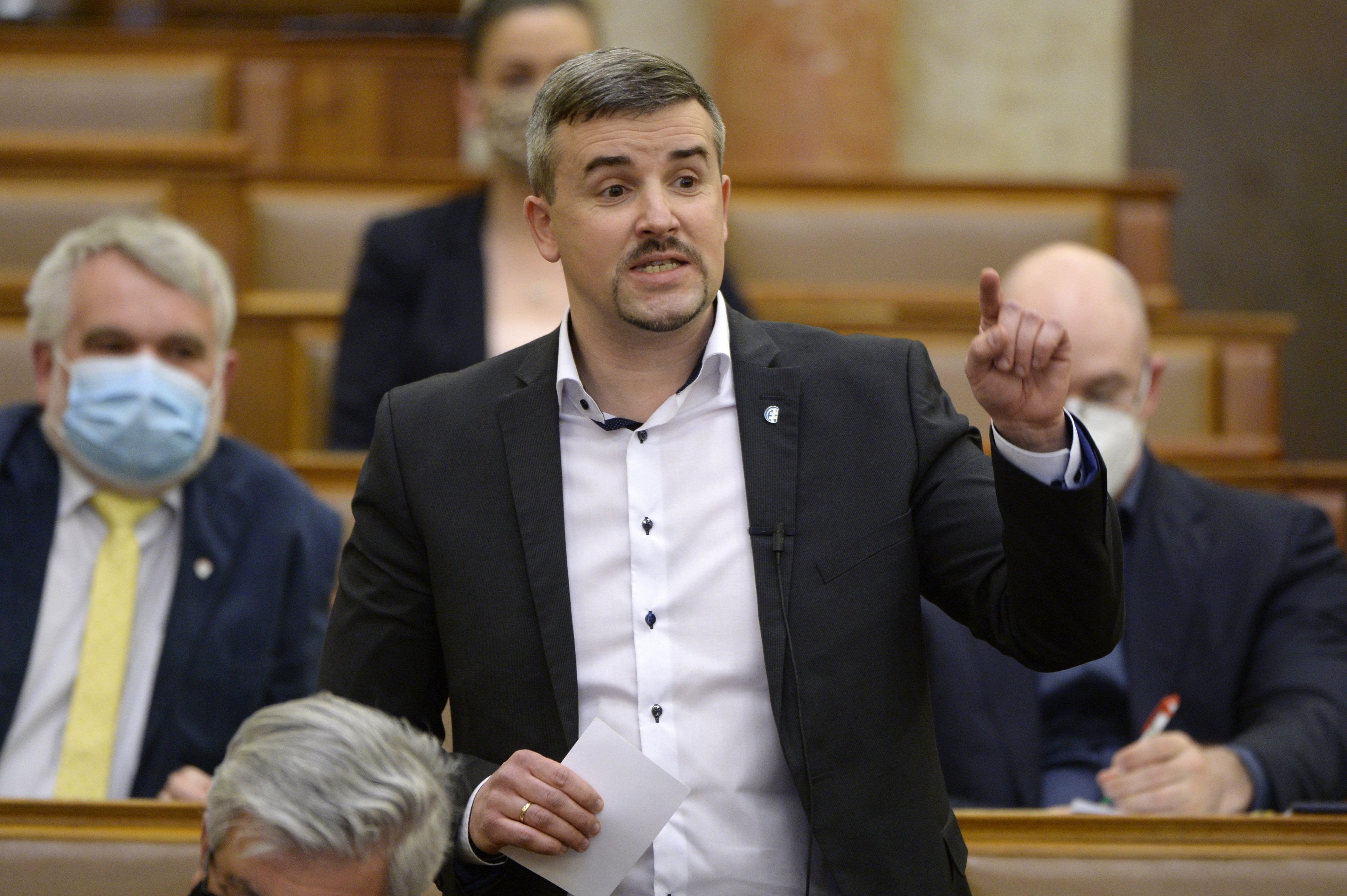 A Republikon Intézet felmérése szerint a Jobbik beérte a DK-t és a Momentumot