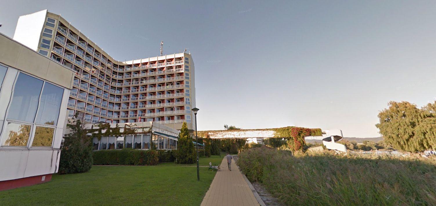 Egy keszthelyi szálloda felújítása is megmutatja, hogyan lesz a közpénzből NER-közeli magánvagyon