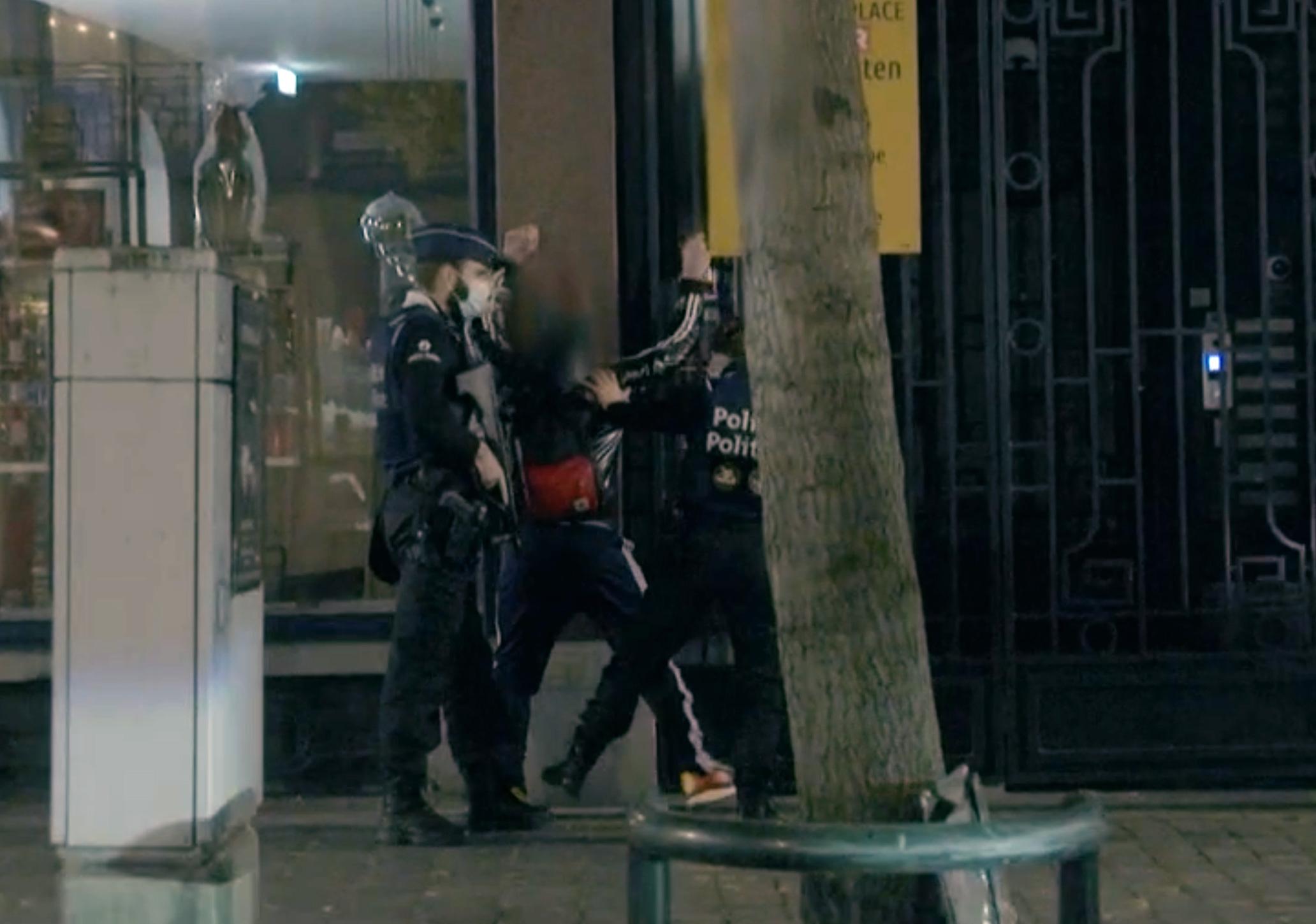 Euronews: A brüsszeli ügyészség szedette le a Szájer József elfogásáról készült videót