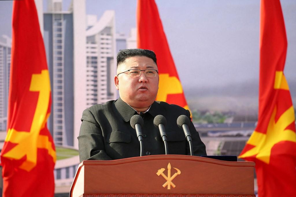 Észak-Korea két rakétát is kilőtt Japán felé