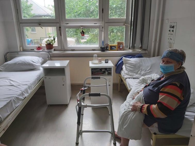 Más kórházakba kell átszállítani azt a 66 hajléktalan embert, akik a bezárásra ítélt fővárosi kórházban vannak