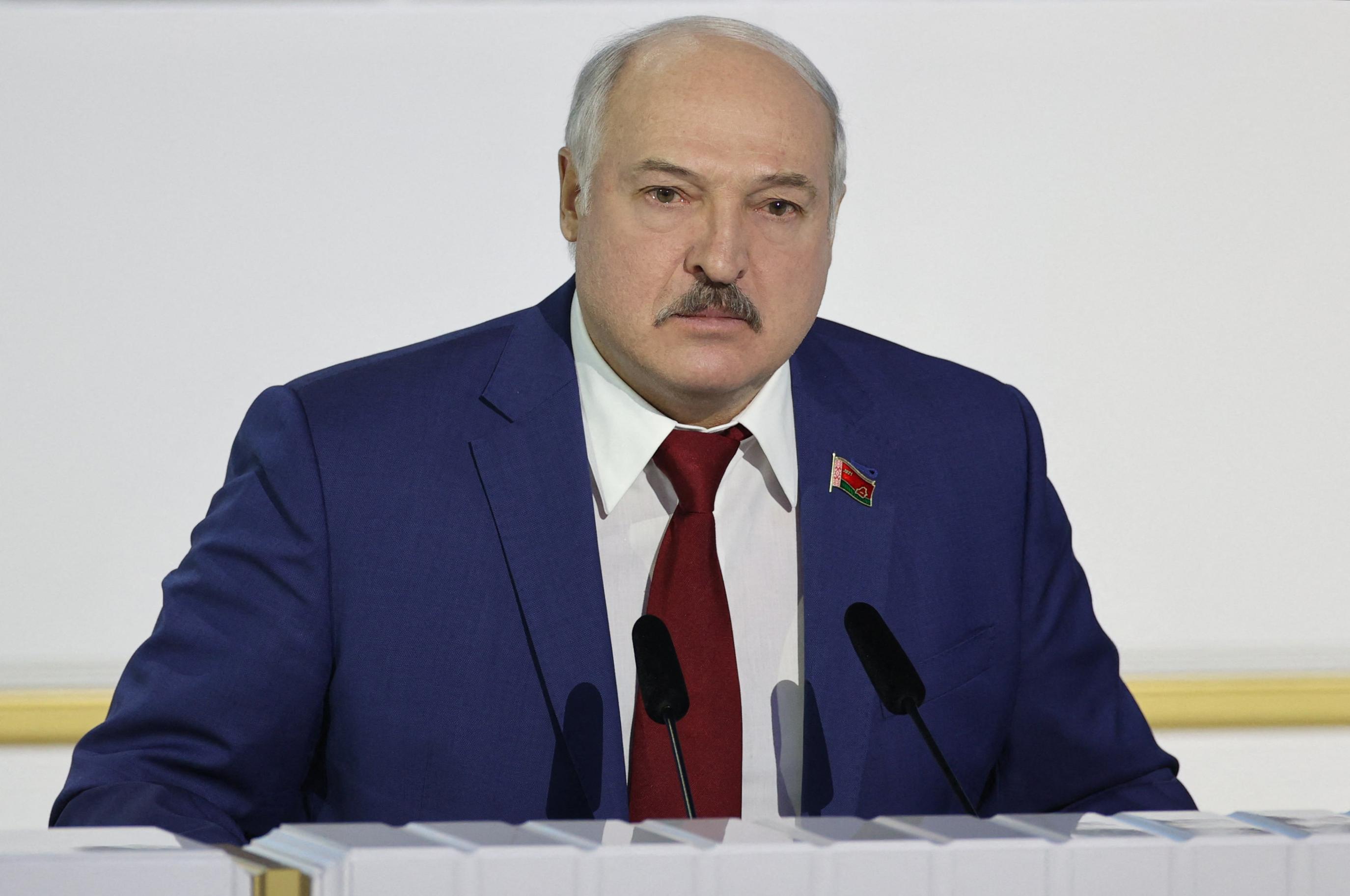 Lukasenka szerint külső erők manipulálták Cimanovszkaját