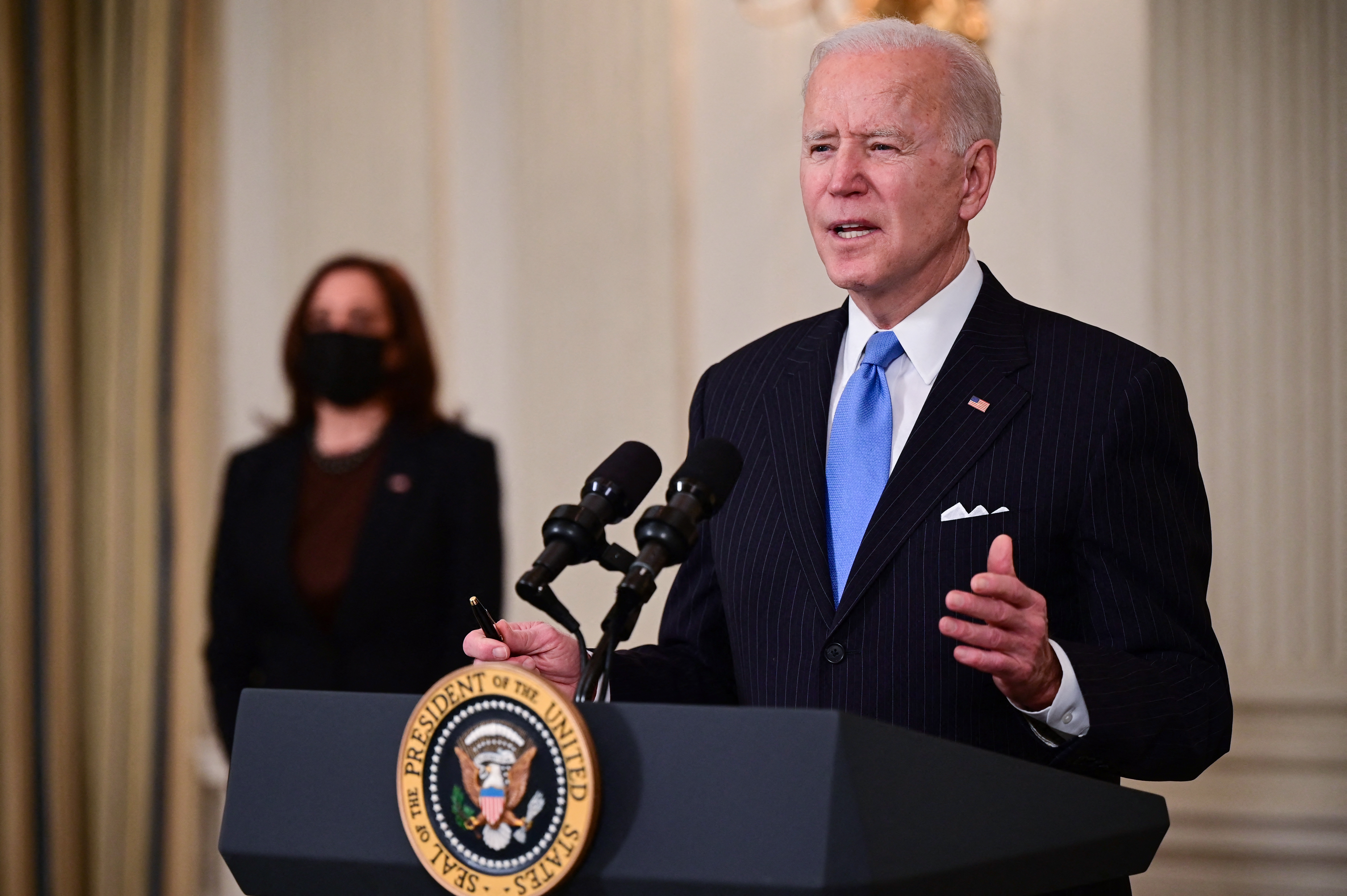 Joe Biden 1800 milliárd dolláros családtámogatási programot fog bejelenteni