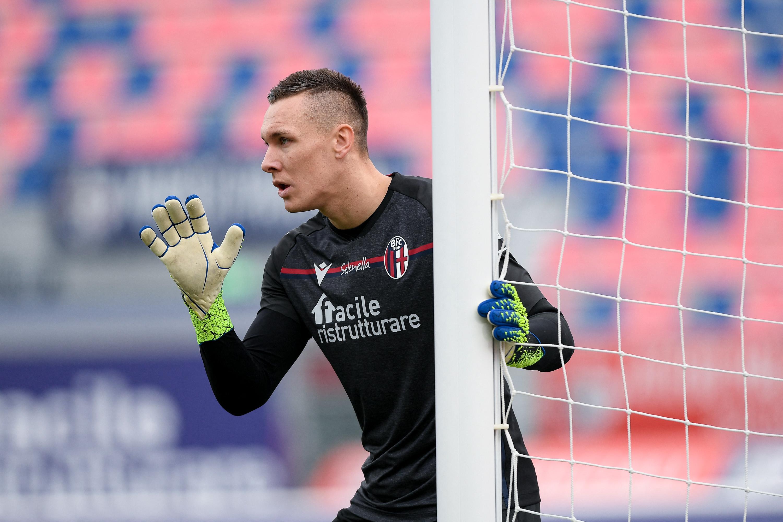 Koronavírusos egy lengyel focista, aki a cserepadon ült a magyarok ellen