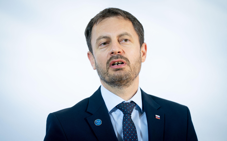 Belebukott az orosz vakcinavásárlás miatti kormányválságba a szlovák miniszterelnök