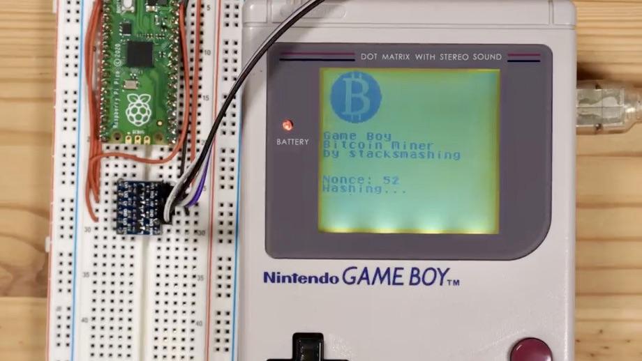Egy hacker Game Boy-ból épített bitcoinbányász gépet