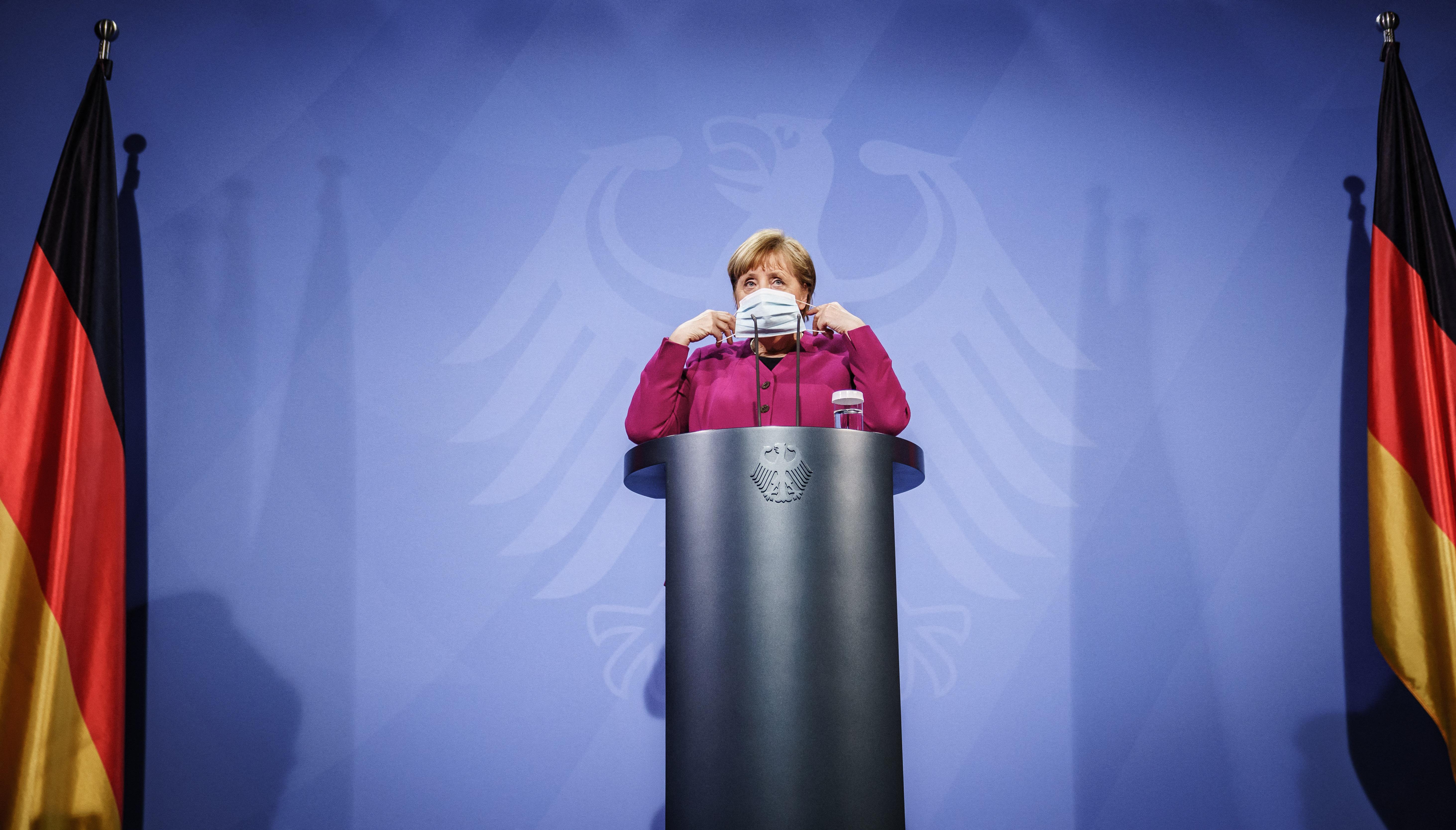 Merkel támogatna egy rövid, szigorú zárást Németországban