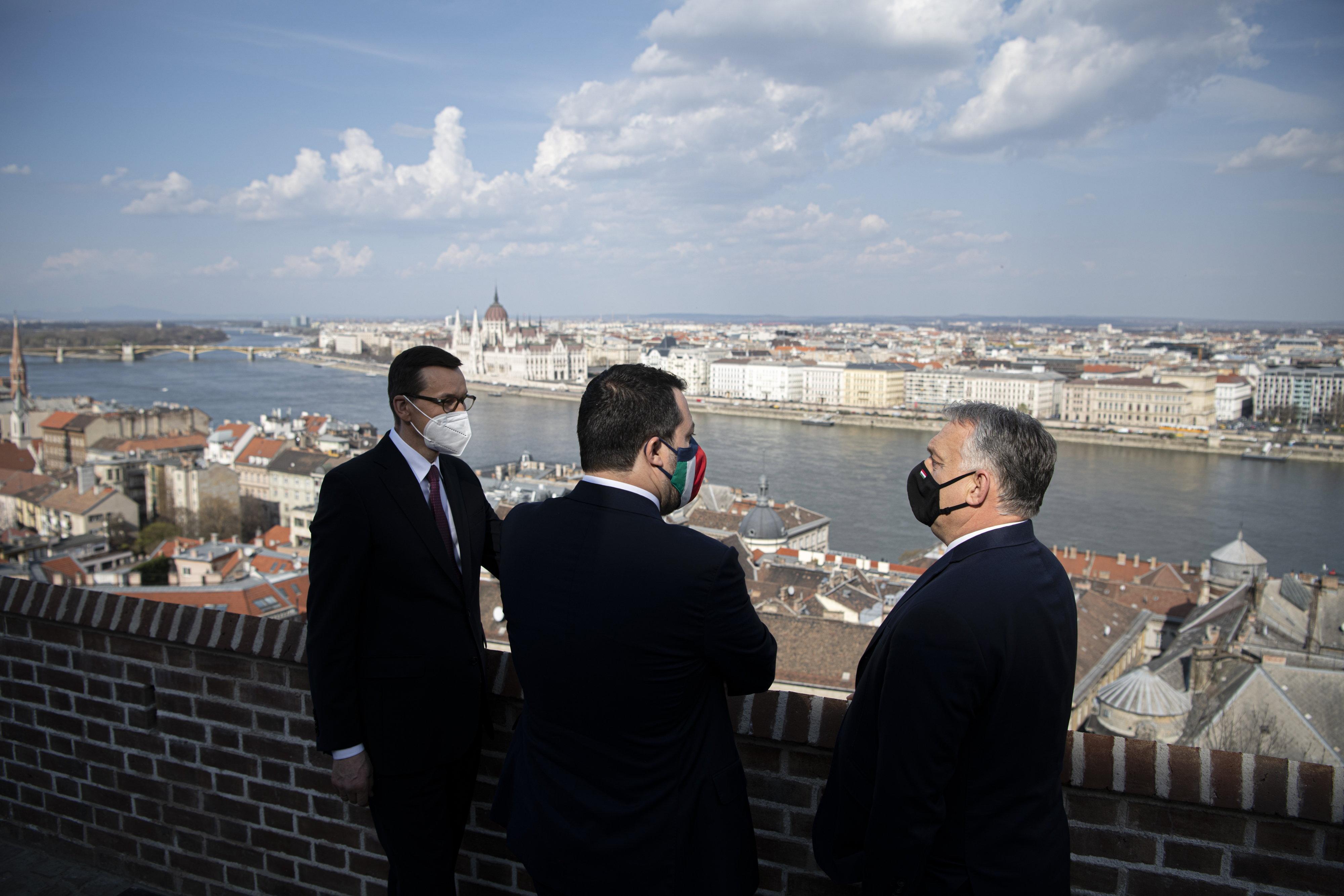 Orbán Budapestre hívta Salvinit és a lengyel miniszterelnököt, hogy aztán ne jelentsenek be semmit
