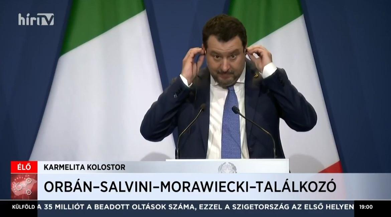 A pillanat, amikor Salvini rájön, hogy a magyar sajtótájékoztatón nincsenek kérdések