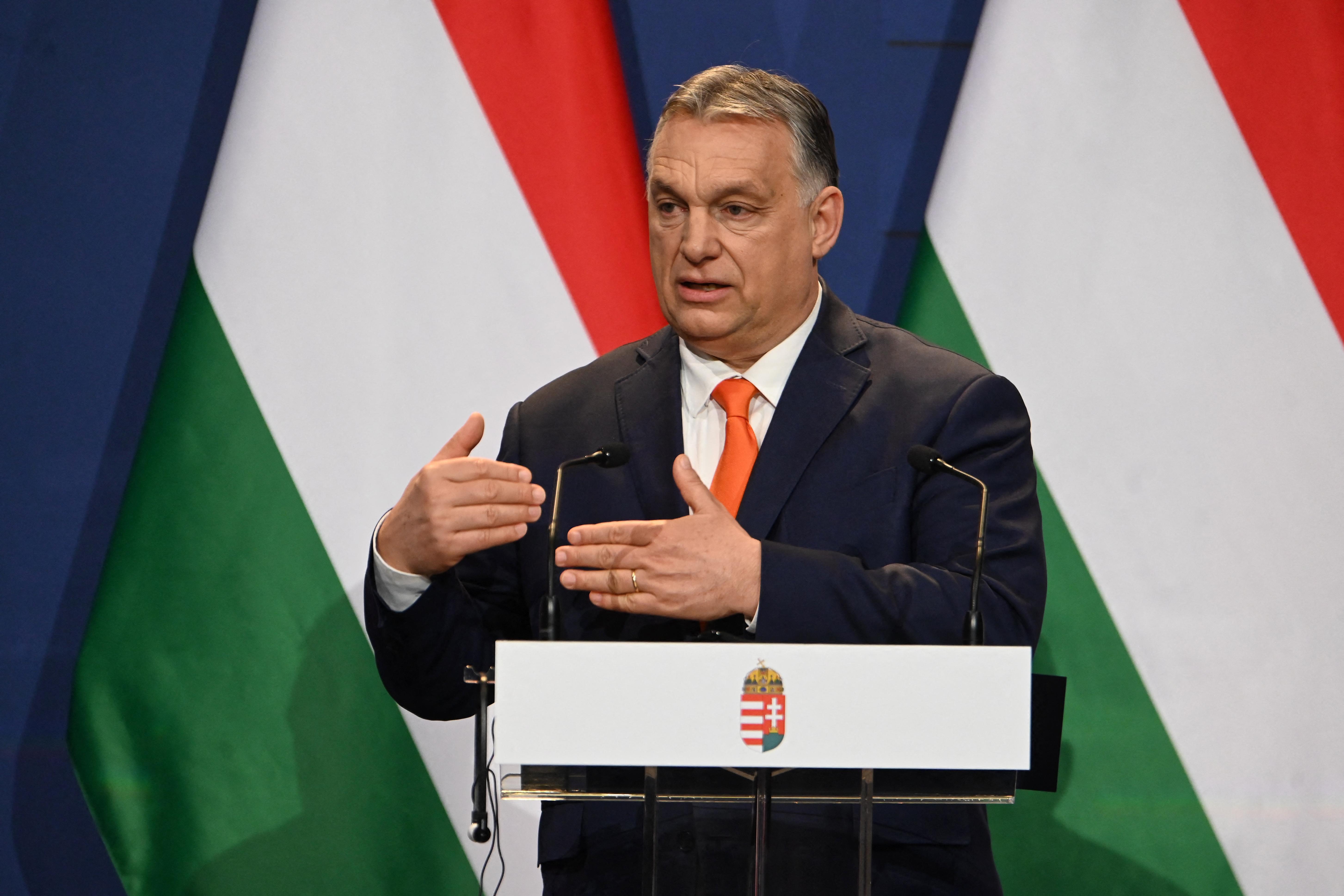 Orbán: Ha jól megy idén a gazdaság, jövő év elején visszakaphatják a gyerekesek az idén befizetett adójukat