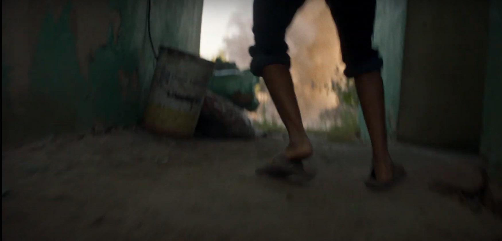 A bombázásoktól az olimpiáig meséli el a menekült sportolók történetét ez a videó