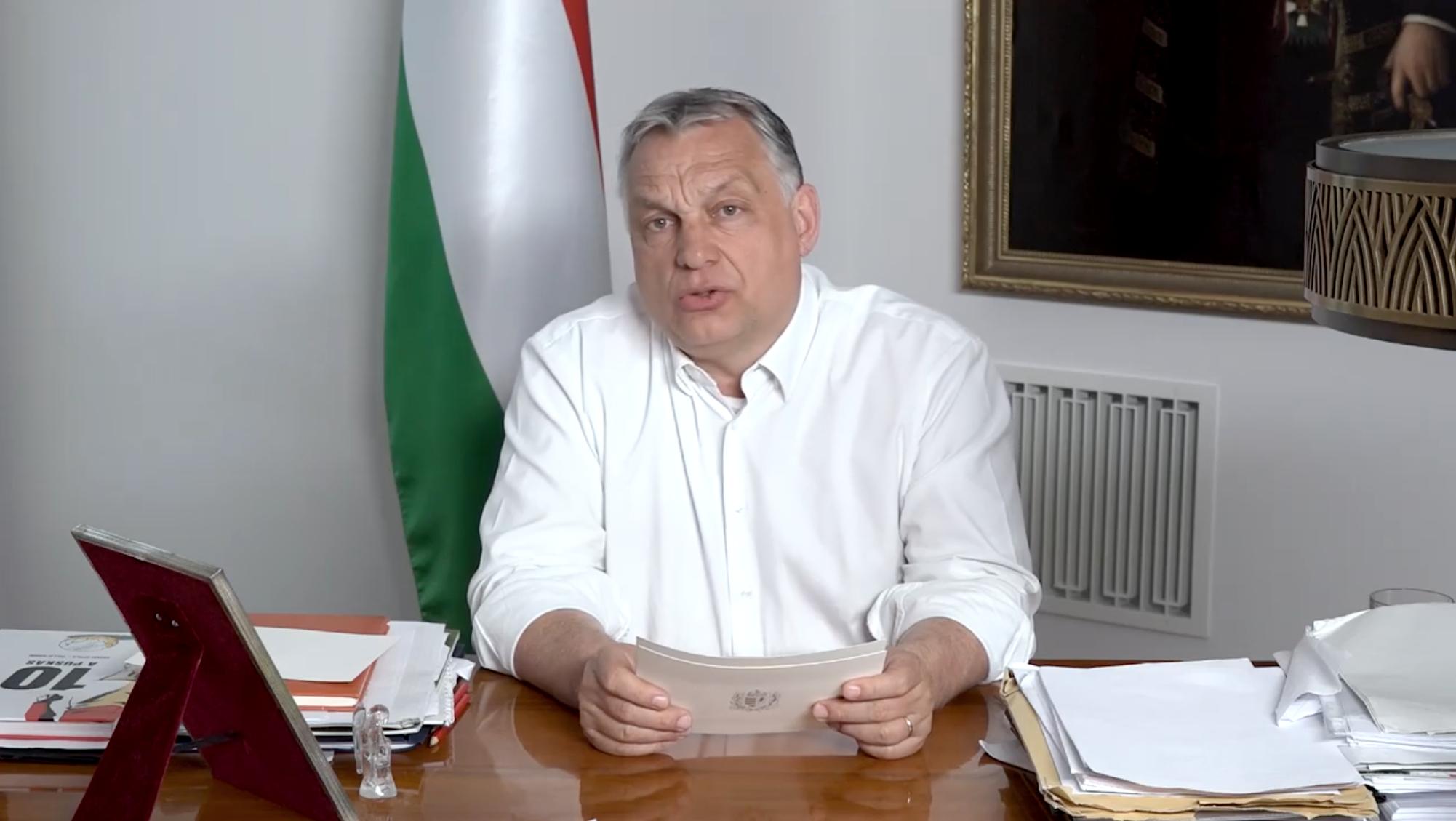 Orbán bejelentette, hogy már szerdán nyithatnak az üzletek és újraindulhatnak a szolgáltatások