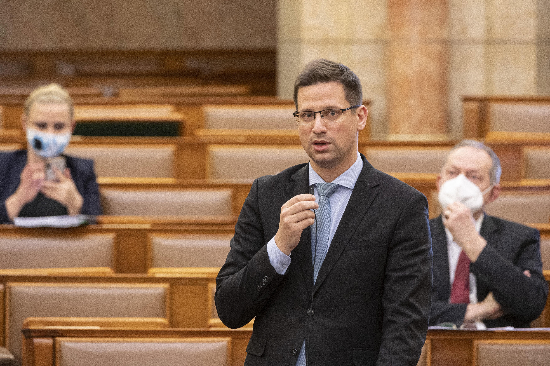 """Gulyás: """"Támogatjuk, hogy a budapestiek népszavazáson dönthessenek arról, akarnak-e Fudan Egyetemet"""""""