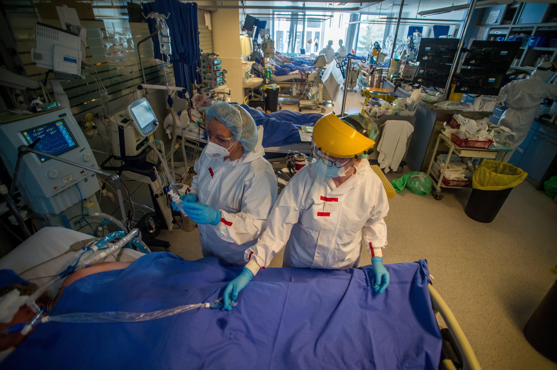 A nagyobb kórházakban sokkal nagyobb a covidosok túlélési esélye, mint a kisebbekben