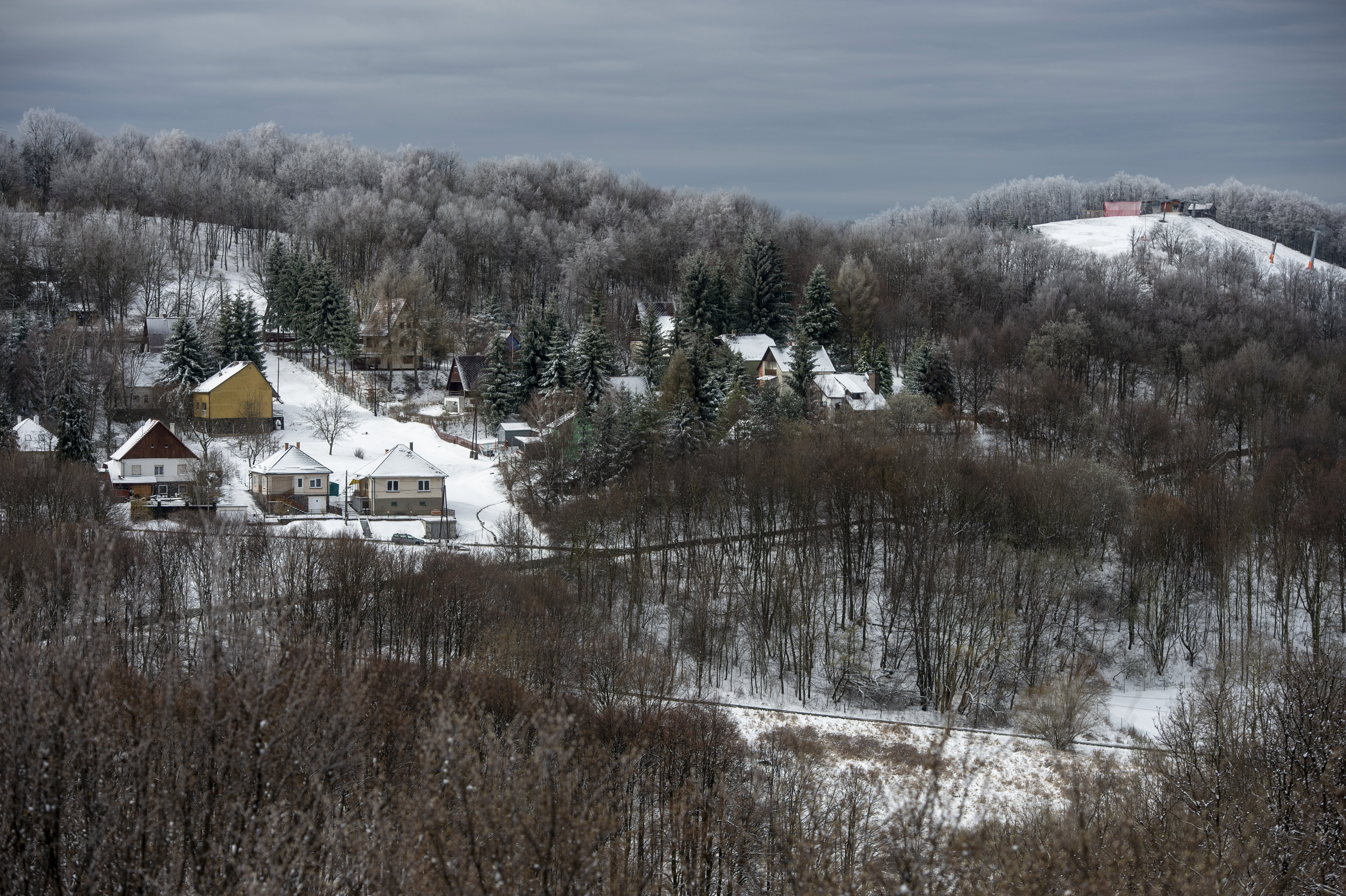 33 cm hó esett egy Veszprém megyei településen
