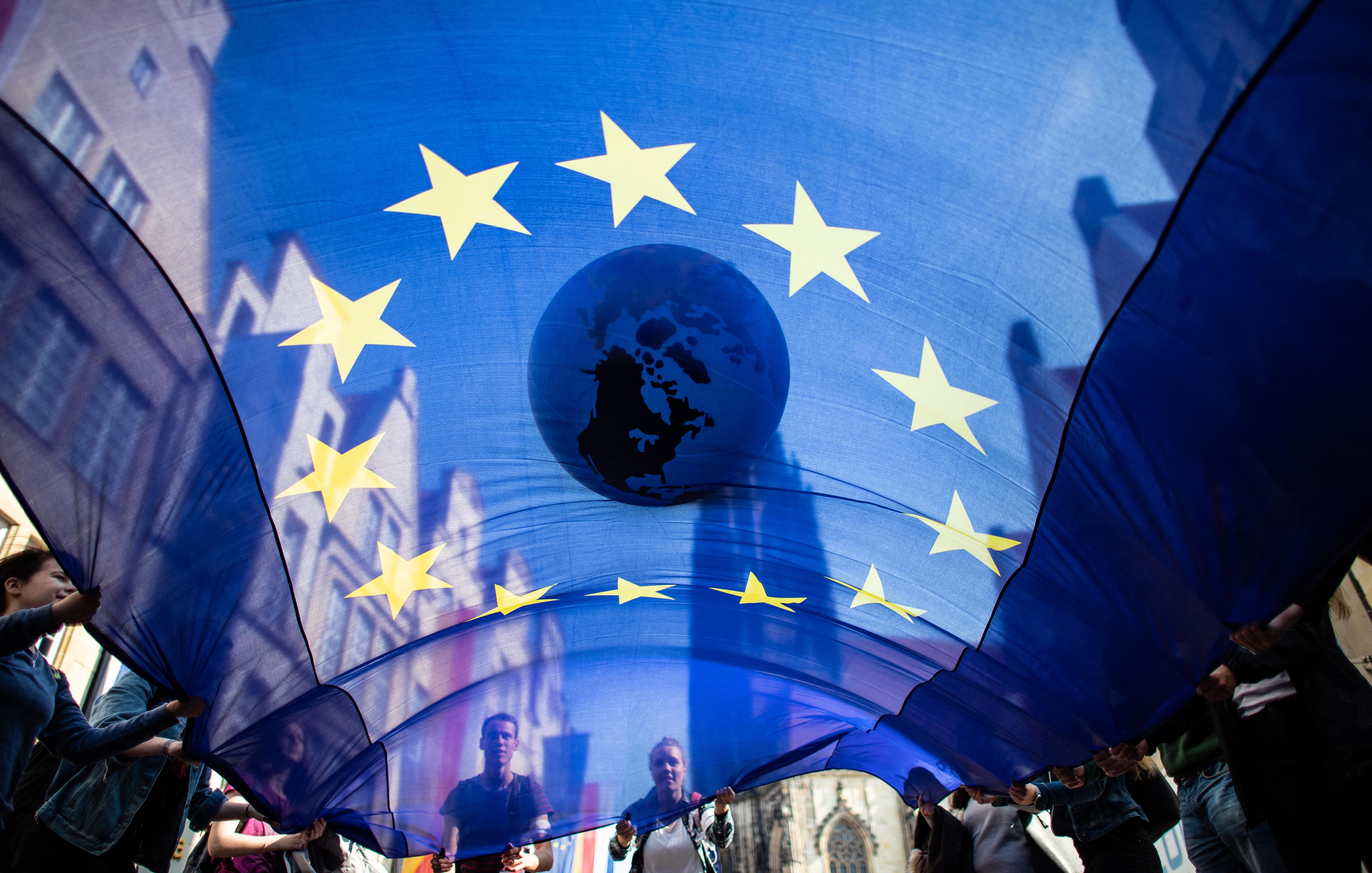 Budapest az egyetlen régió egész Európában, aminek a lakói jobban kötődnek Európához, mint a saját országukhoz
