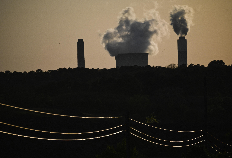 A G7-ek többé nem támogatják a szénerőművek építését a világban