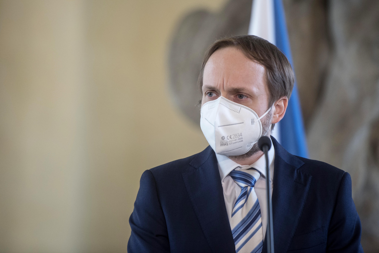 Csehország további orosz diplomatákat utasít ki