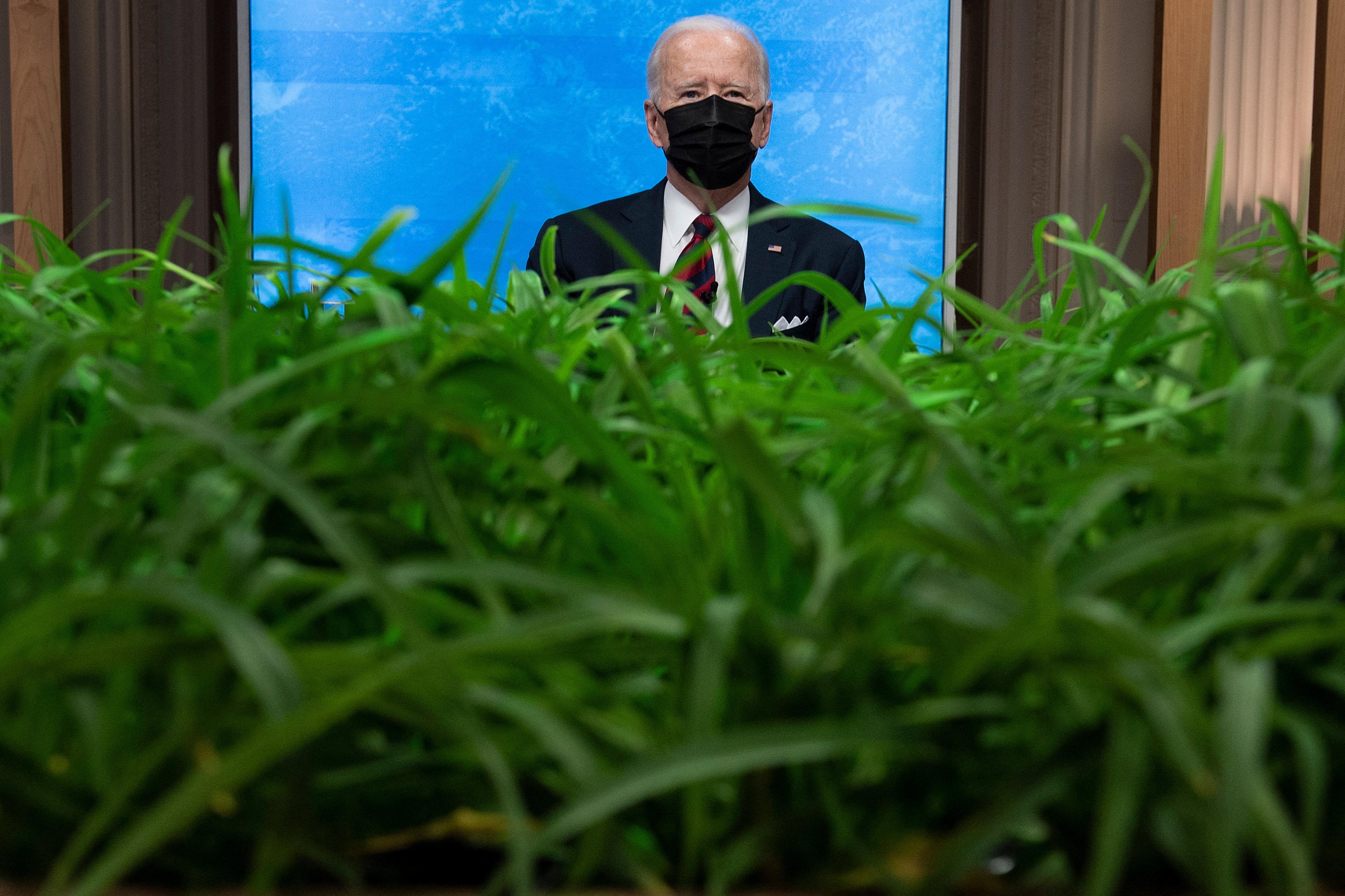 Joe Biden megemelné a gazdagok adóját