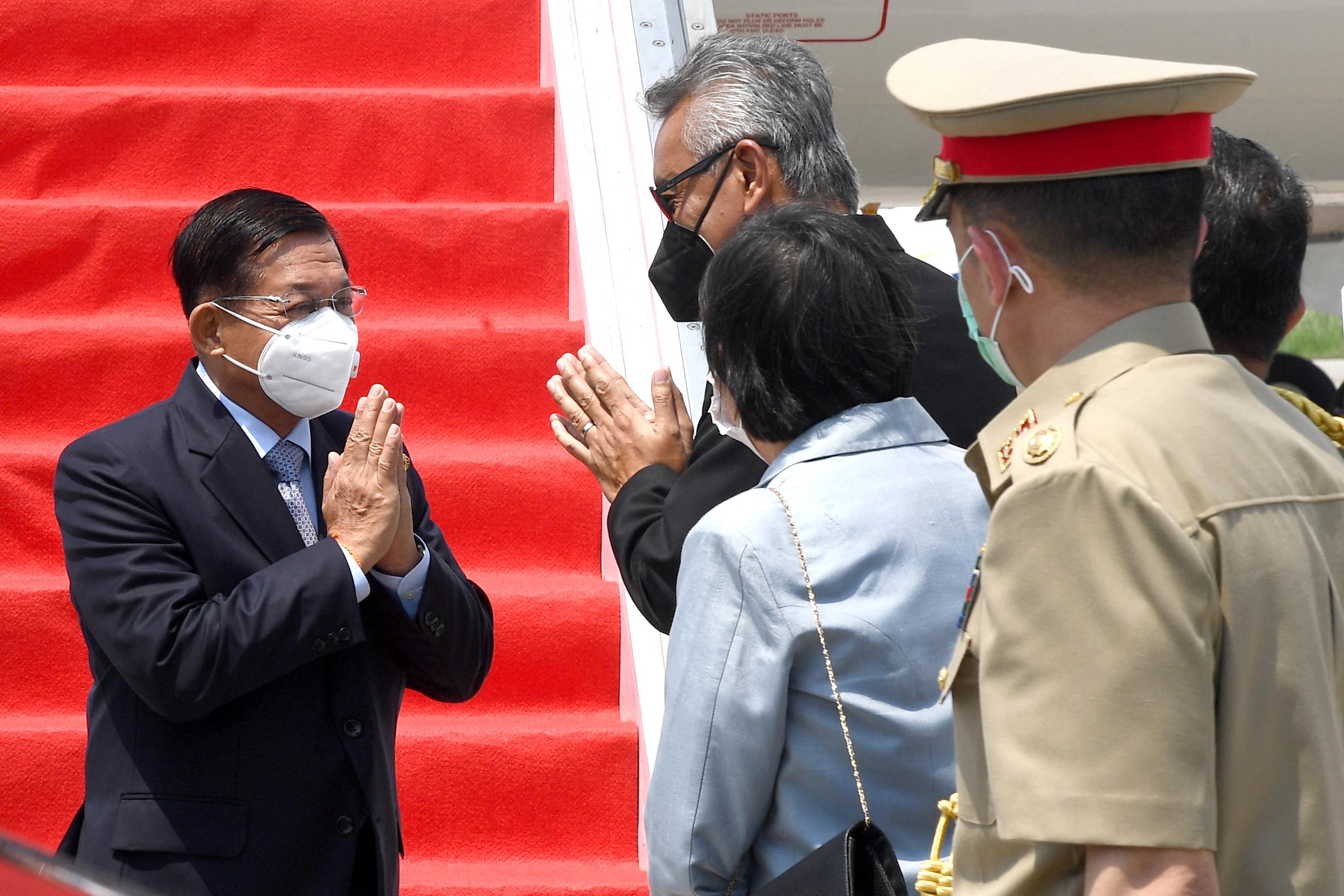 Megkérték a mianmari junta vezetőjét, hogy ne gyilkoltasson már meg több embert