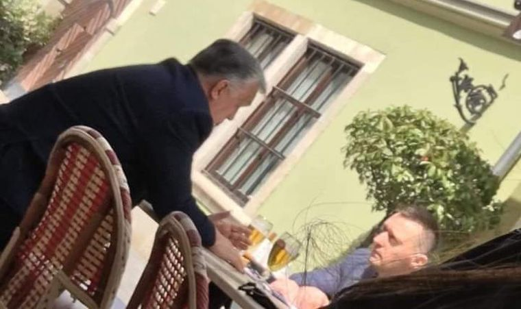 Orbán Viktor Rogán Antallal is megivott egy pofa sört