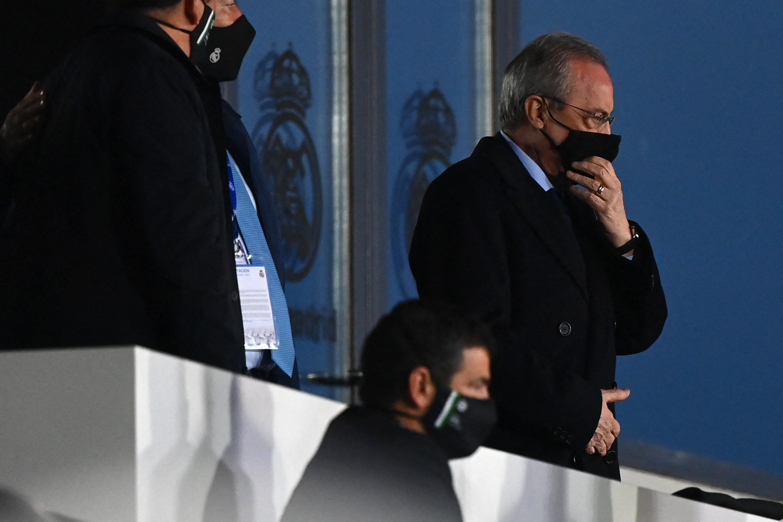 Florentino Pérez szerint a Szuperliga klubjai nem szállhatnak ki, az UEFA elnöke büntetéssel fenyeget