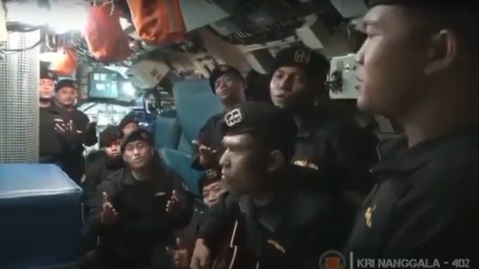 Előkerült egy videó, amin az elsüllyedt tengeralattjáró legénysége énekel egy búcsúdalt