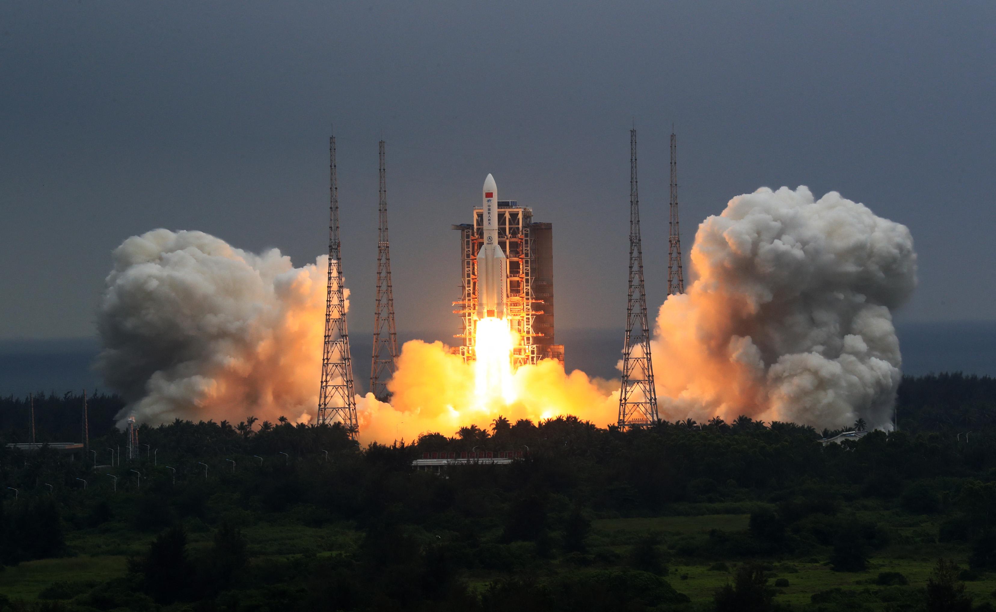 Elkerülheti Magyarországot a kínai űrrakéta