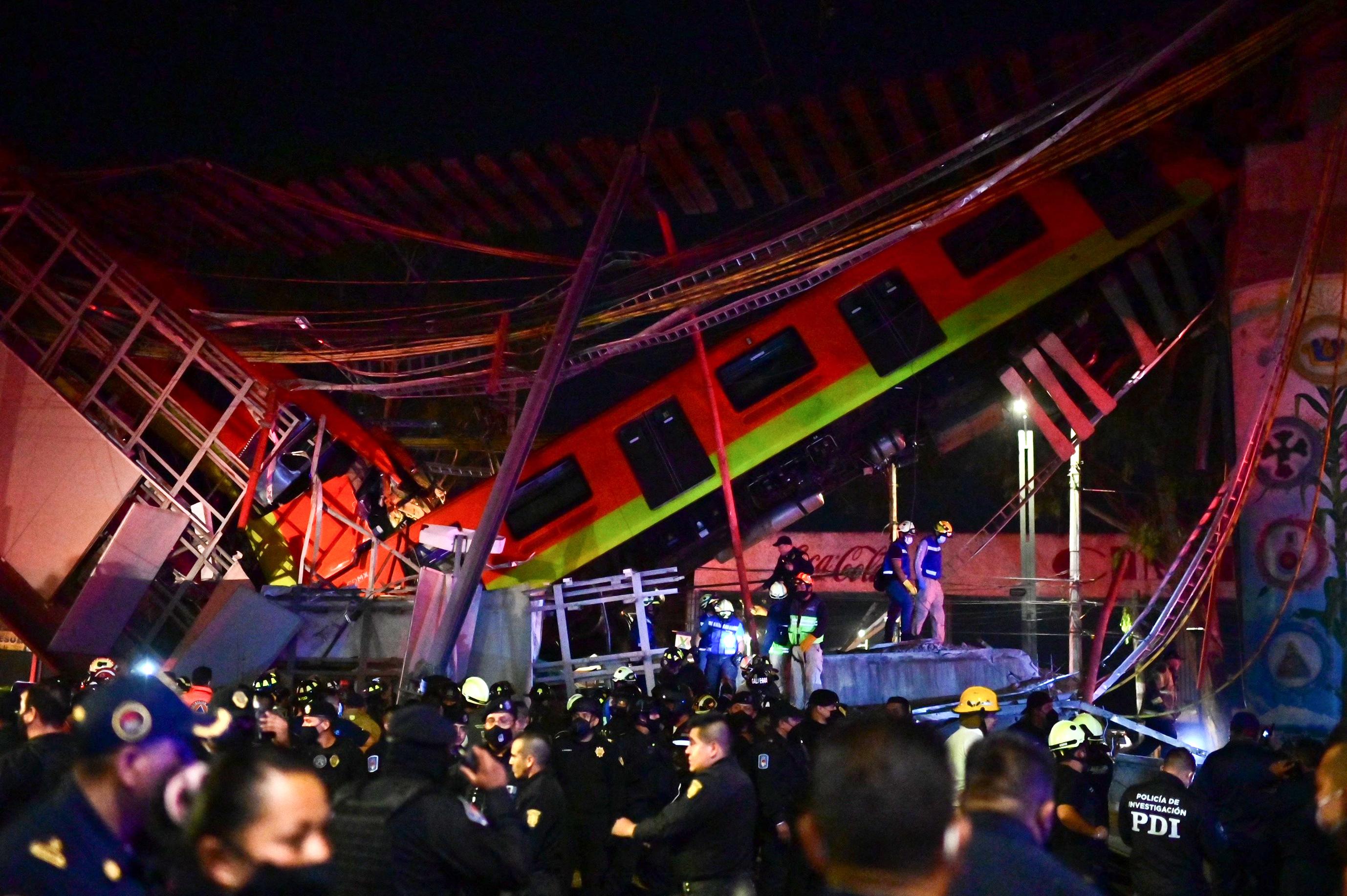Már 23 halottja van a mexikóvárosi metróbalesetnek