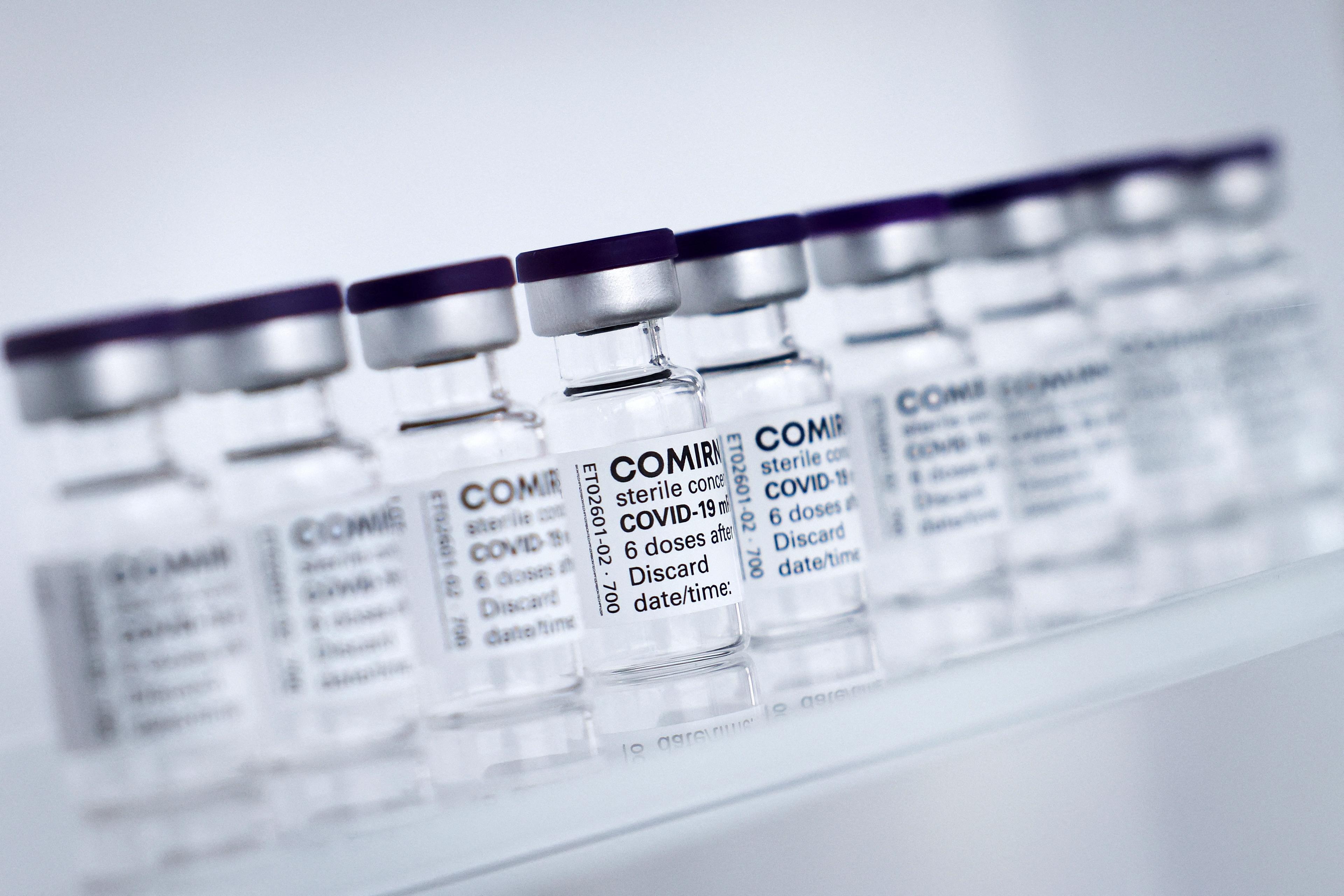 Küszöbön áll a gyógyszeripar és az oltásról lemaradó országok nagy összecsapása