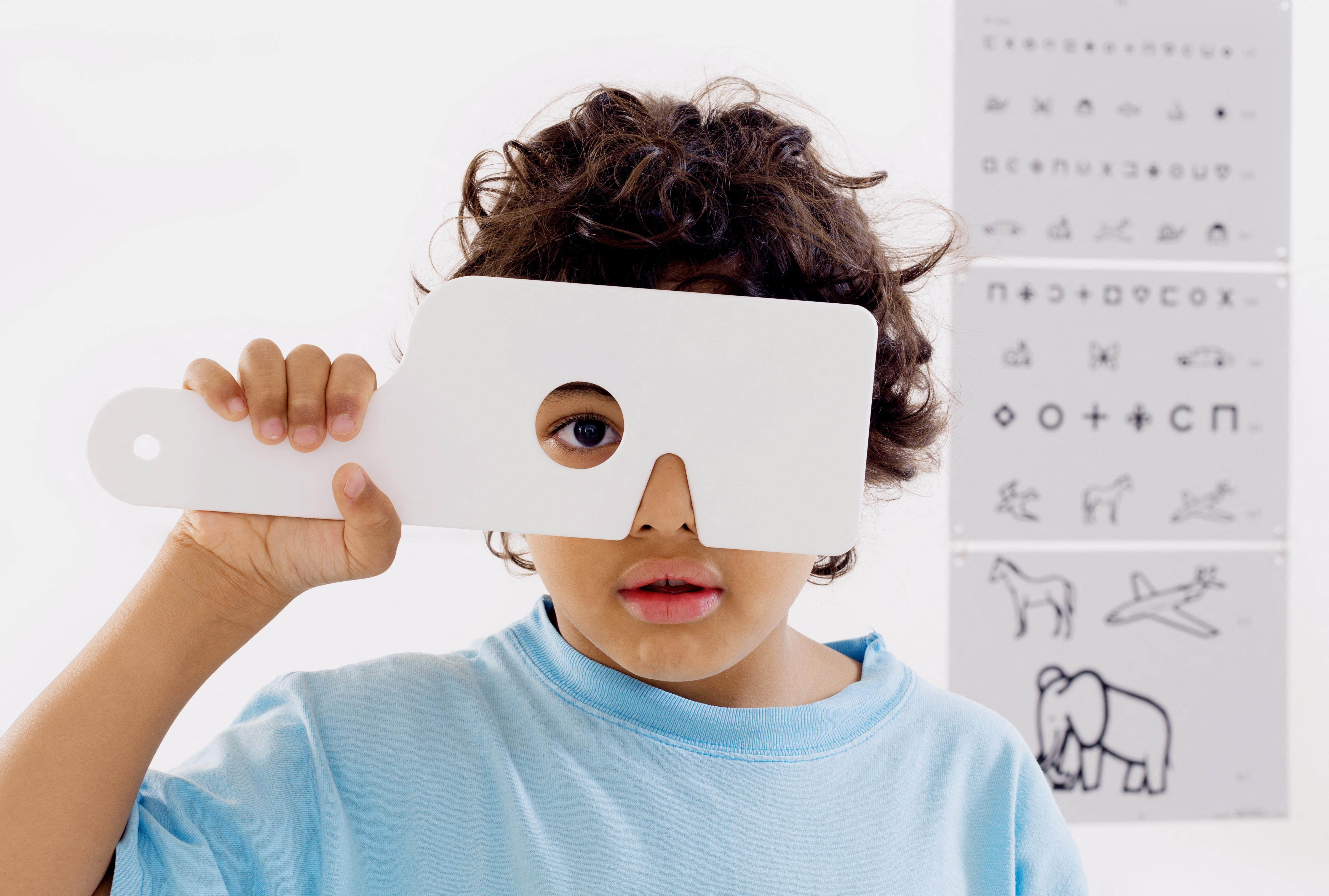 Járványszerűen terjed a gyerekkori rövidlátás a karanténidőszakban