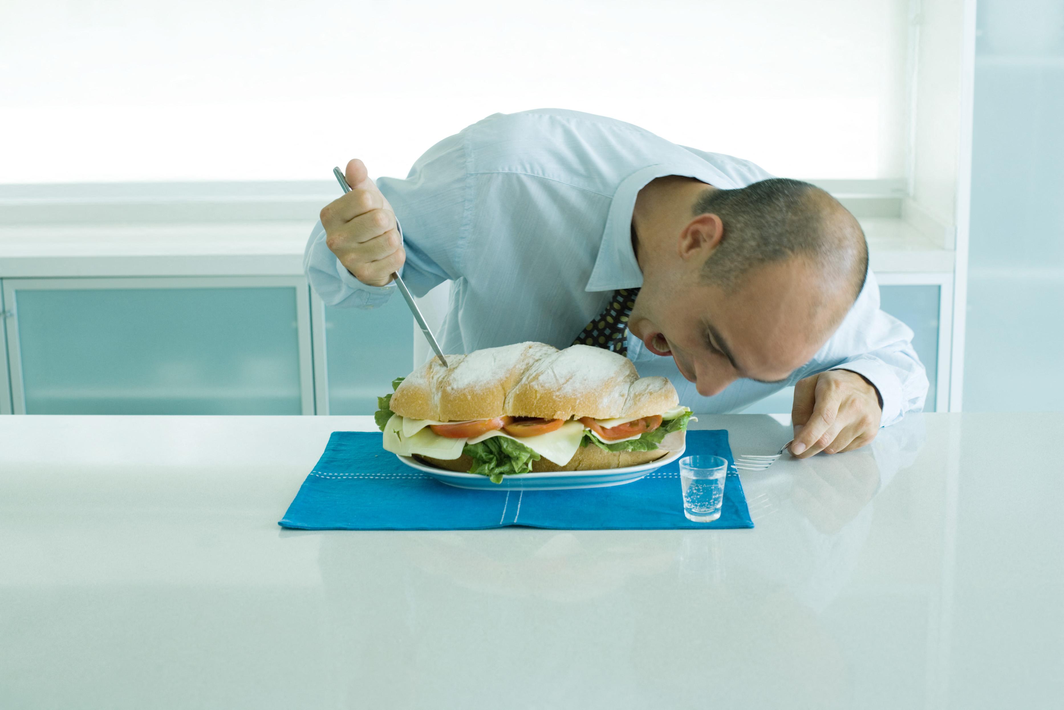 Új kínai törvény tiltja, hogy az emberek túl sok ételt rendeljenek