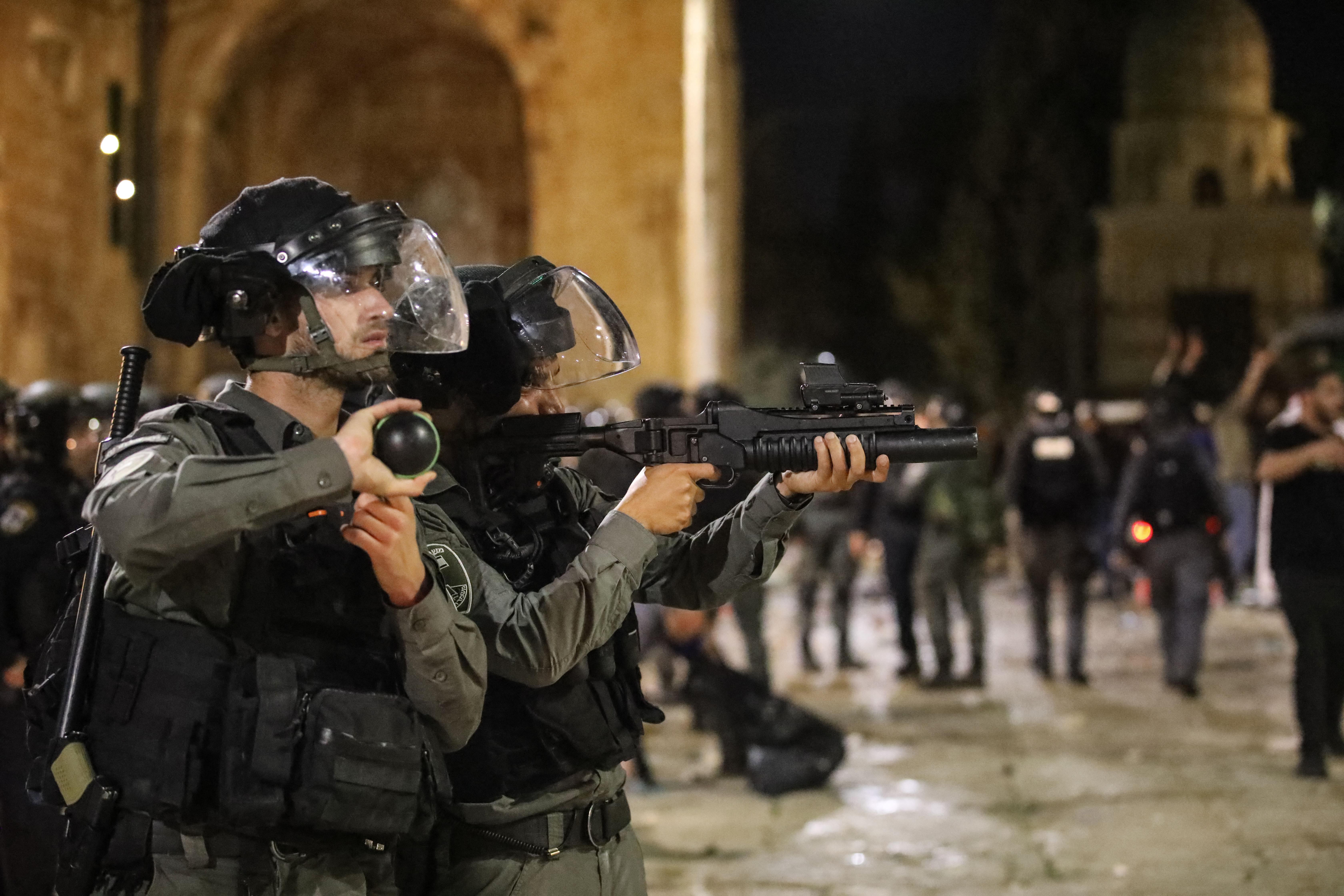 Zavargással zárult a ramadán utolsó pénteki imája Jeruzsálemben