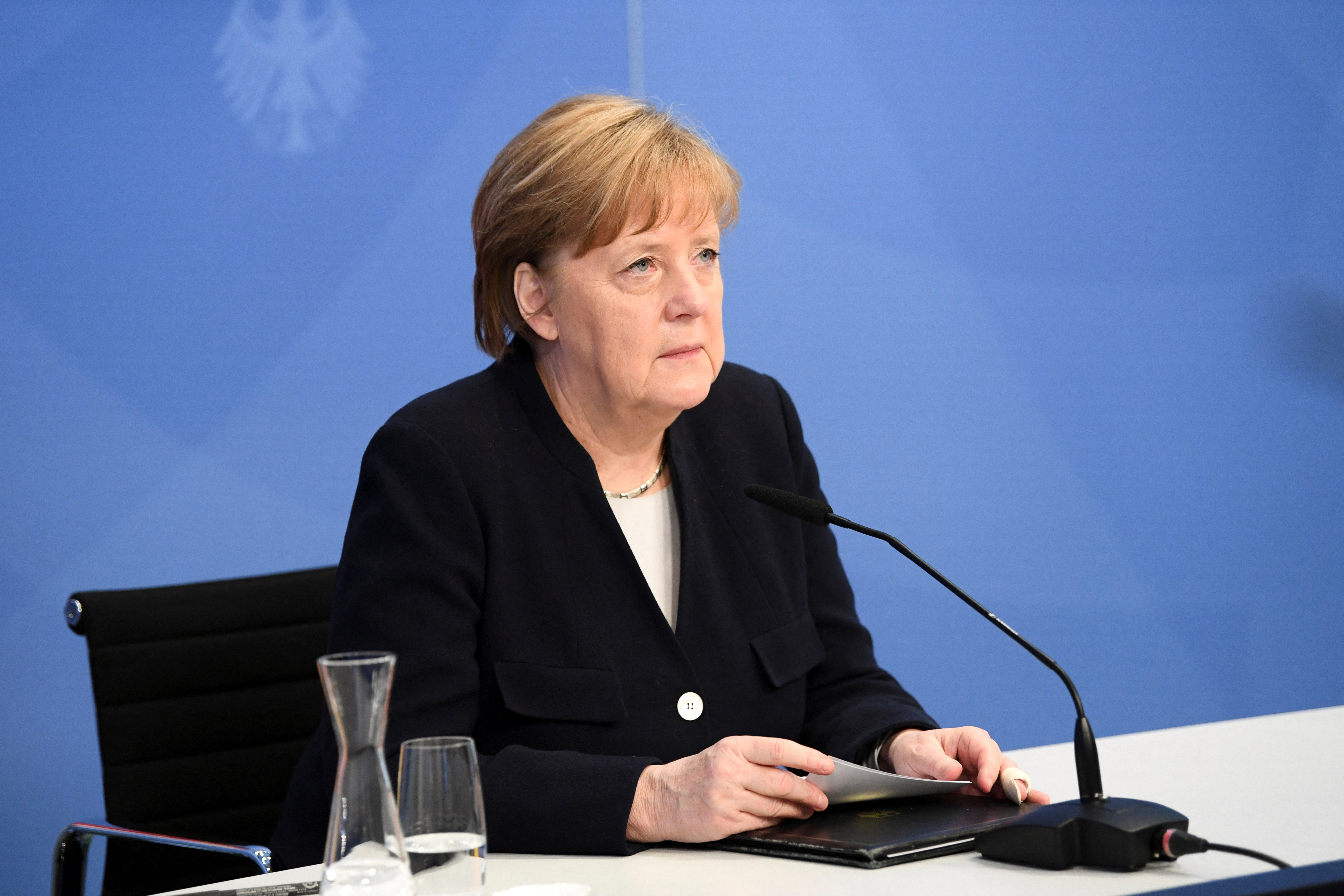 Merkel akár az újabb szankciókat is támogatná, ha Oroszország Ukrajna ellen használná az Északi Áramlat 2-t